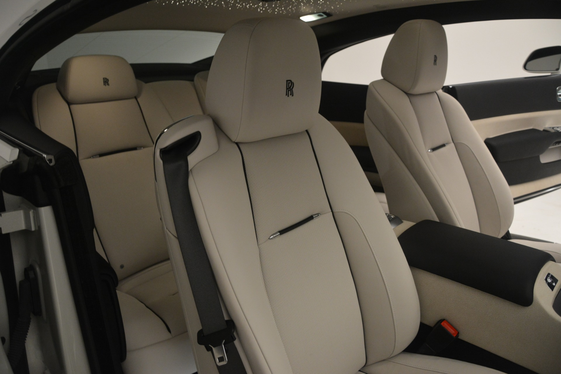 Used 2016 Rolls-Royce Wraith  For Sale In Greenwich, CT 3043_p15