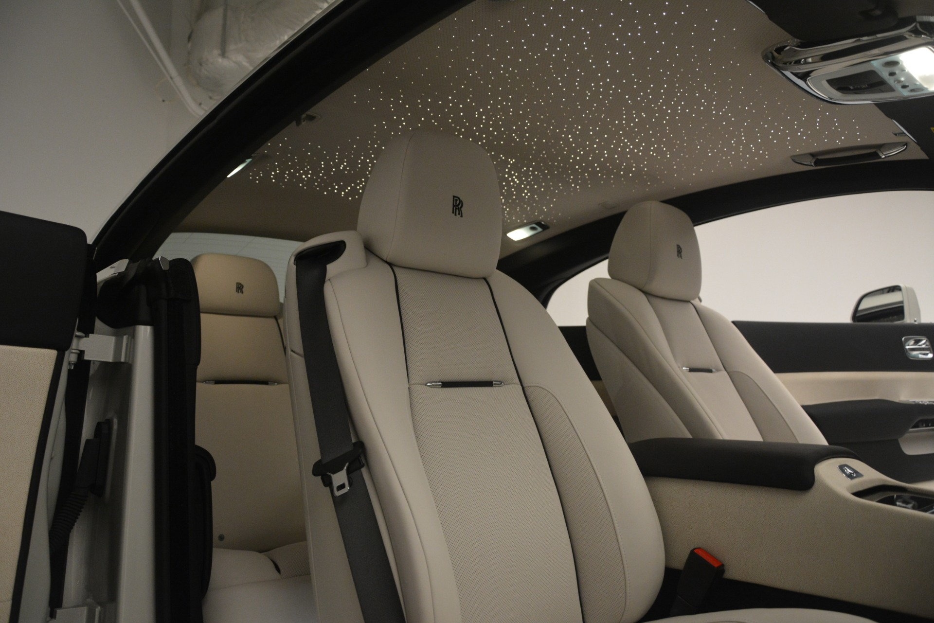 Used 2016 Rolls-Royce Wraith  For Sale In Greenwich, CT 3043_p17