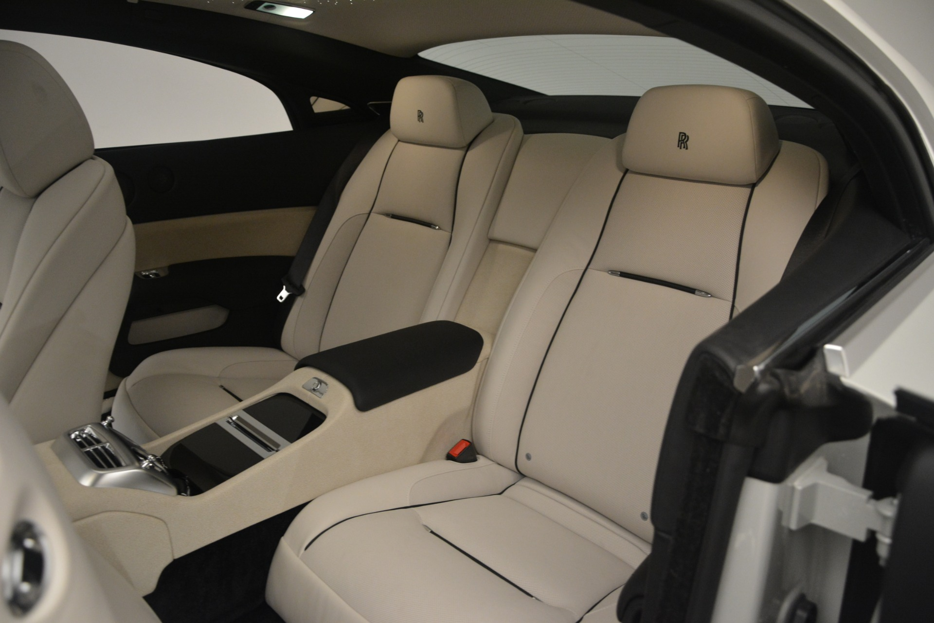 Used 2016 Rolls-Royce Wraith  For Sale In Greenwich, CT 3043_p23