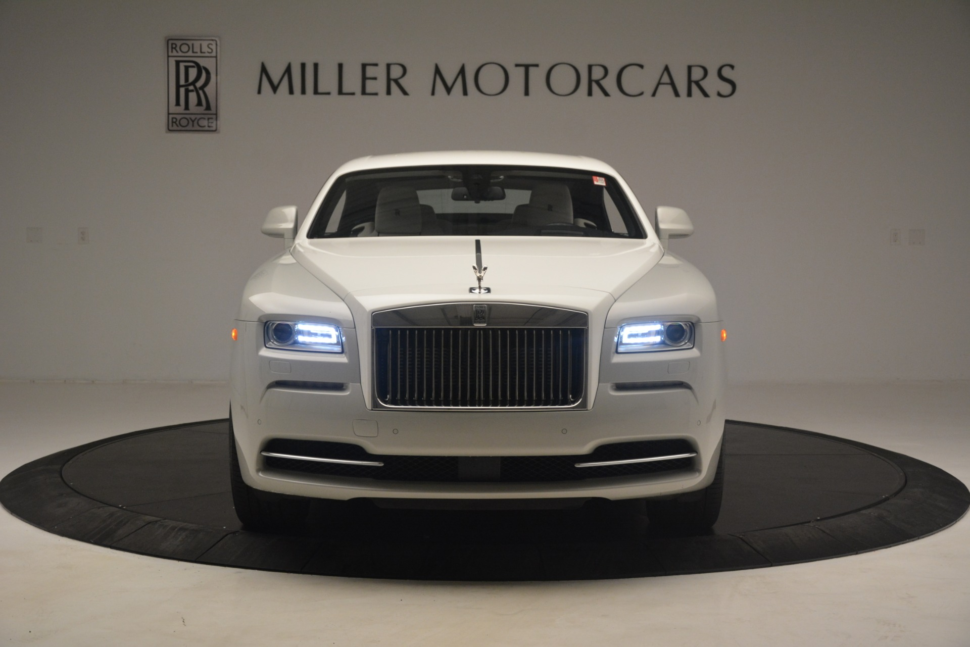 Used 2016 Rolls-Royce Wraith  For Sale In Greenwich, CT 3043_p2