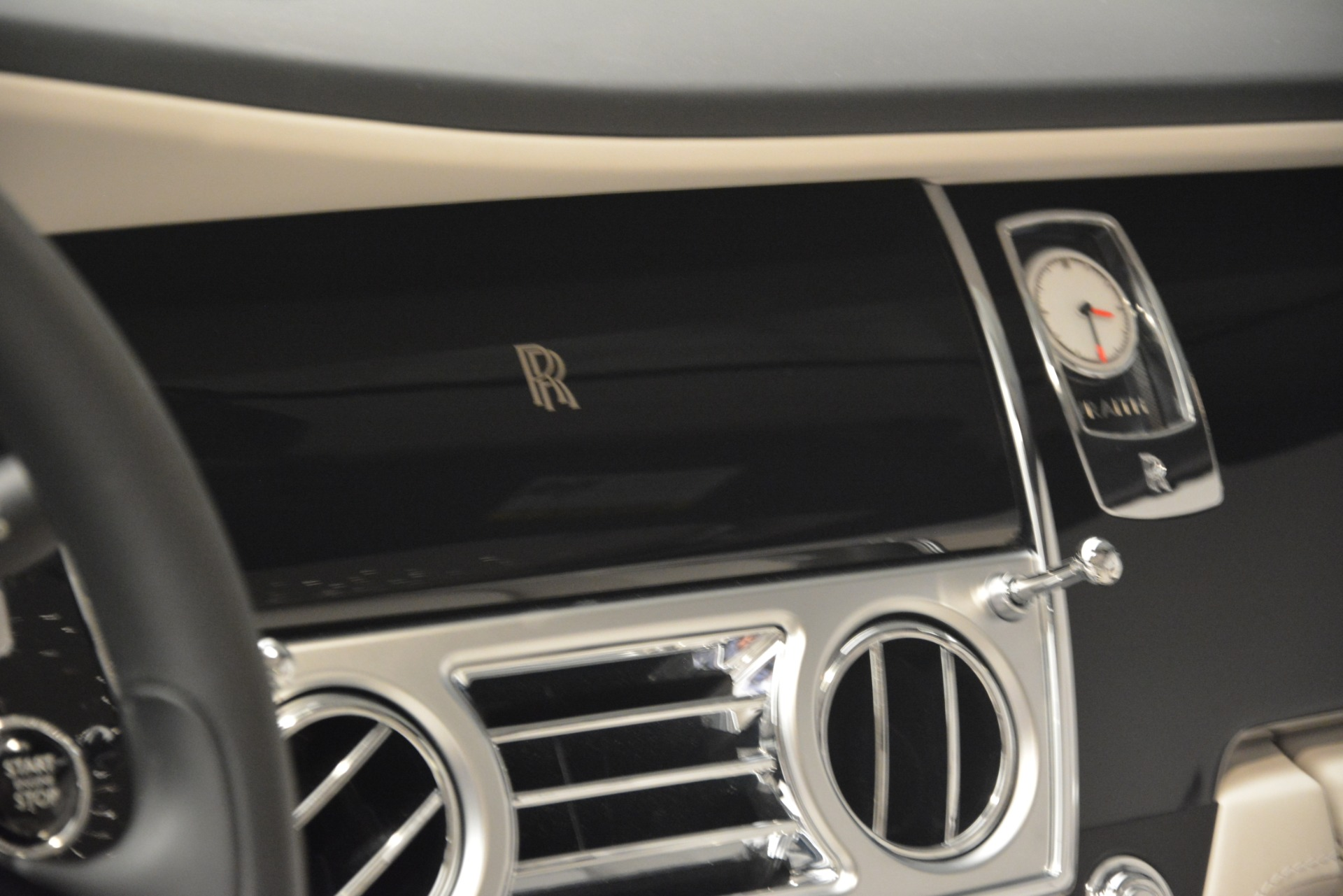 Used 2016 Rolls-Royce Wraith  For Sale In Greenwich, CT 3043_p30