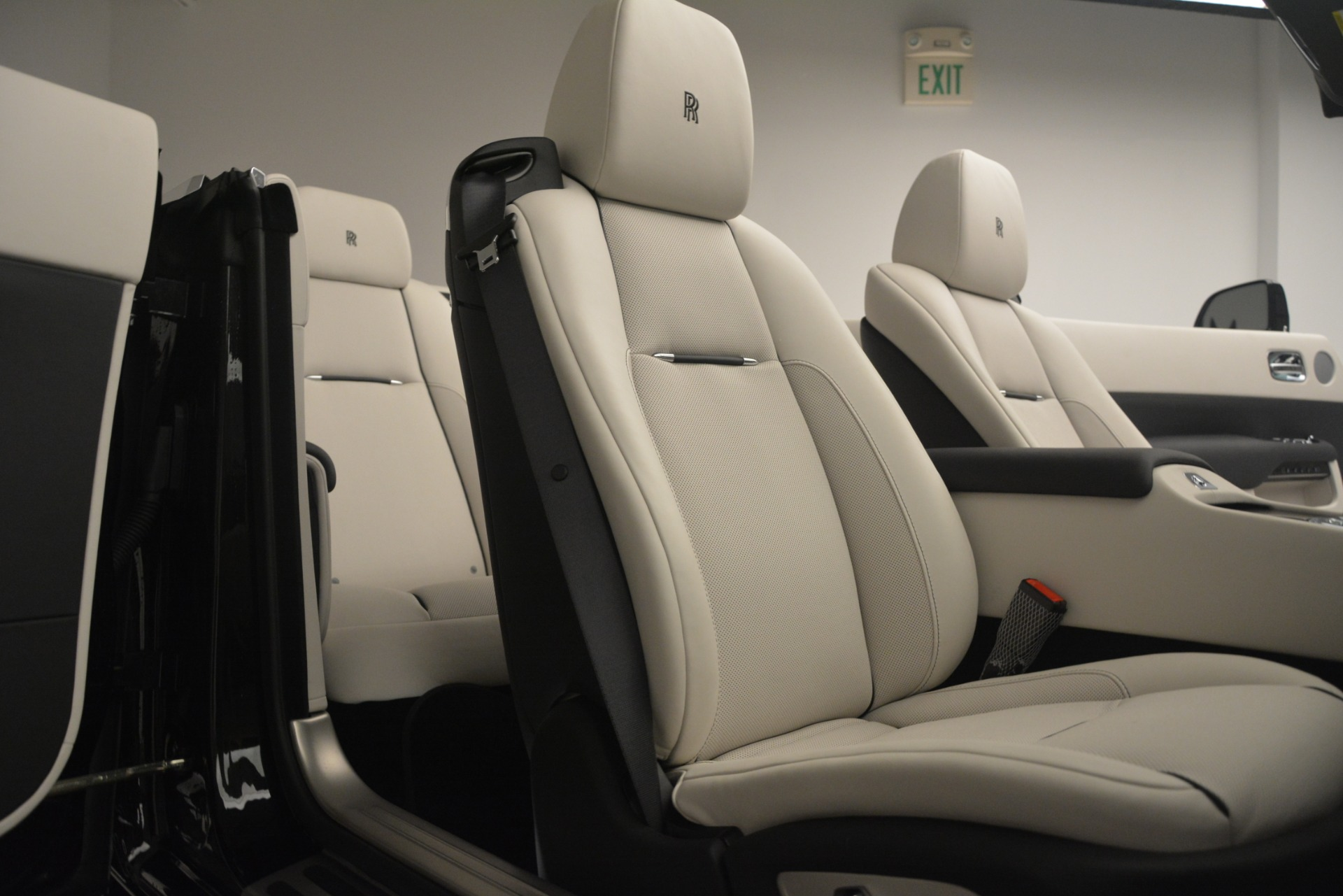 Used 2018 Rolls-Royce Dawn  For Sale In Greenwich, CT 3044_p35