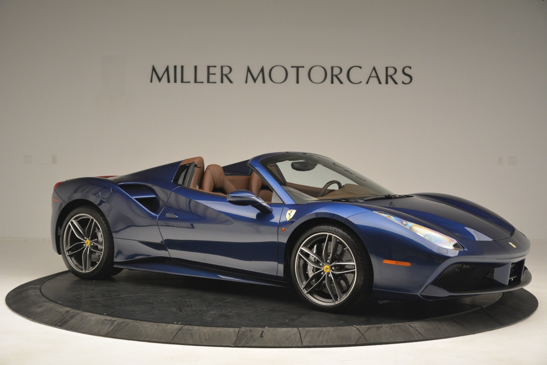 Used 2018 Ferrari 488 Spider  For Sale In Greenwich, CT 3045_p10