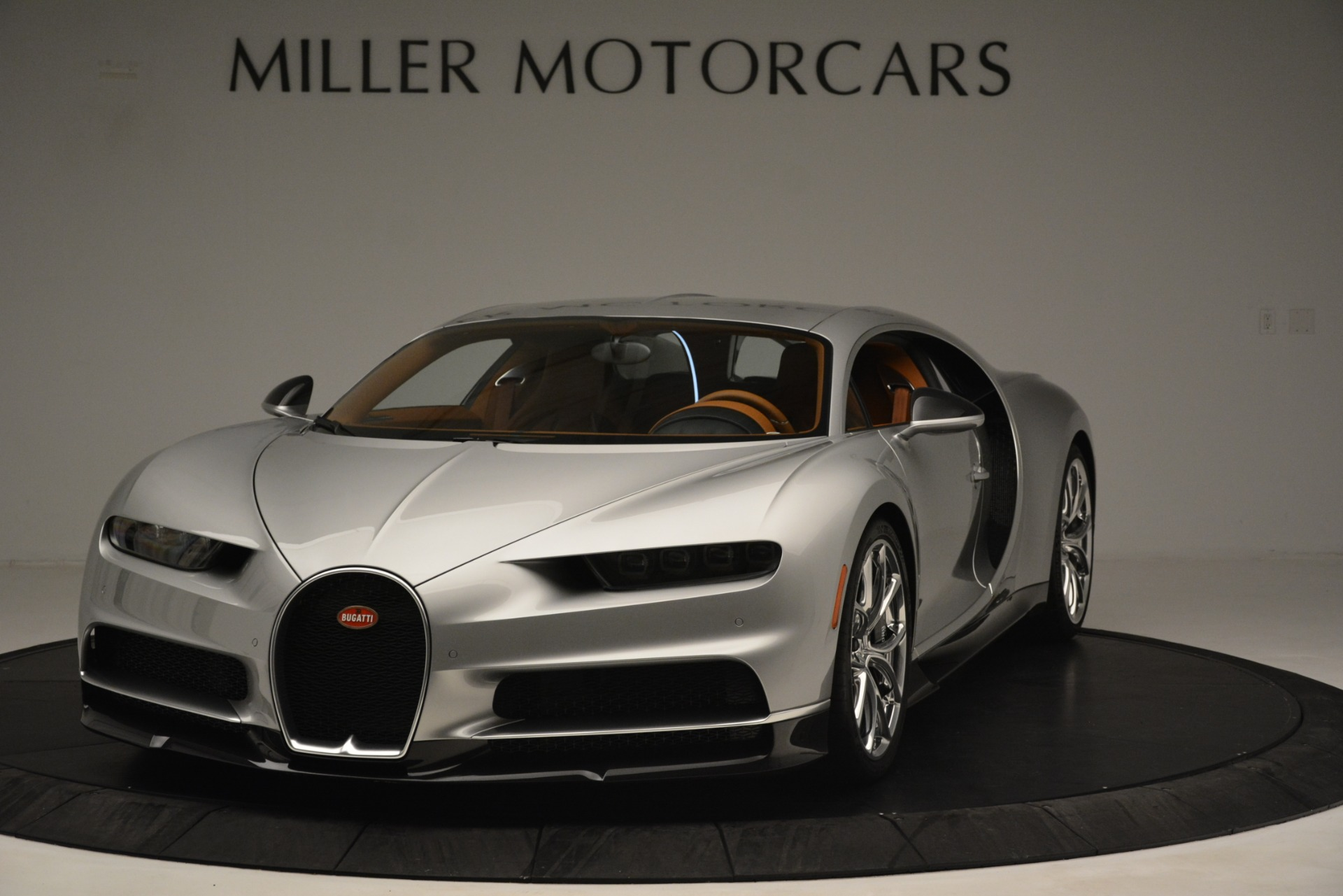 Used 2019 Bugatti Chiron  For Sale In Greenwich, CT 3048_p2