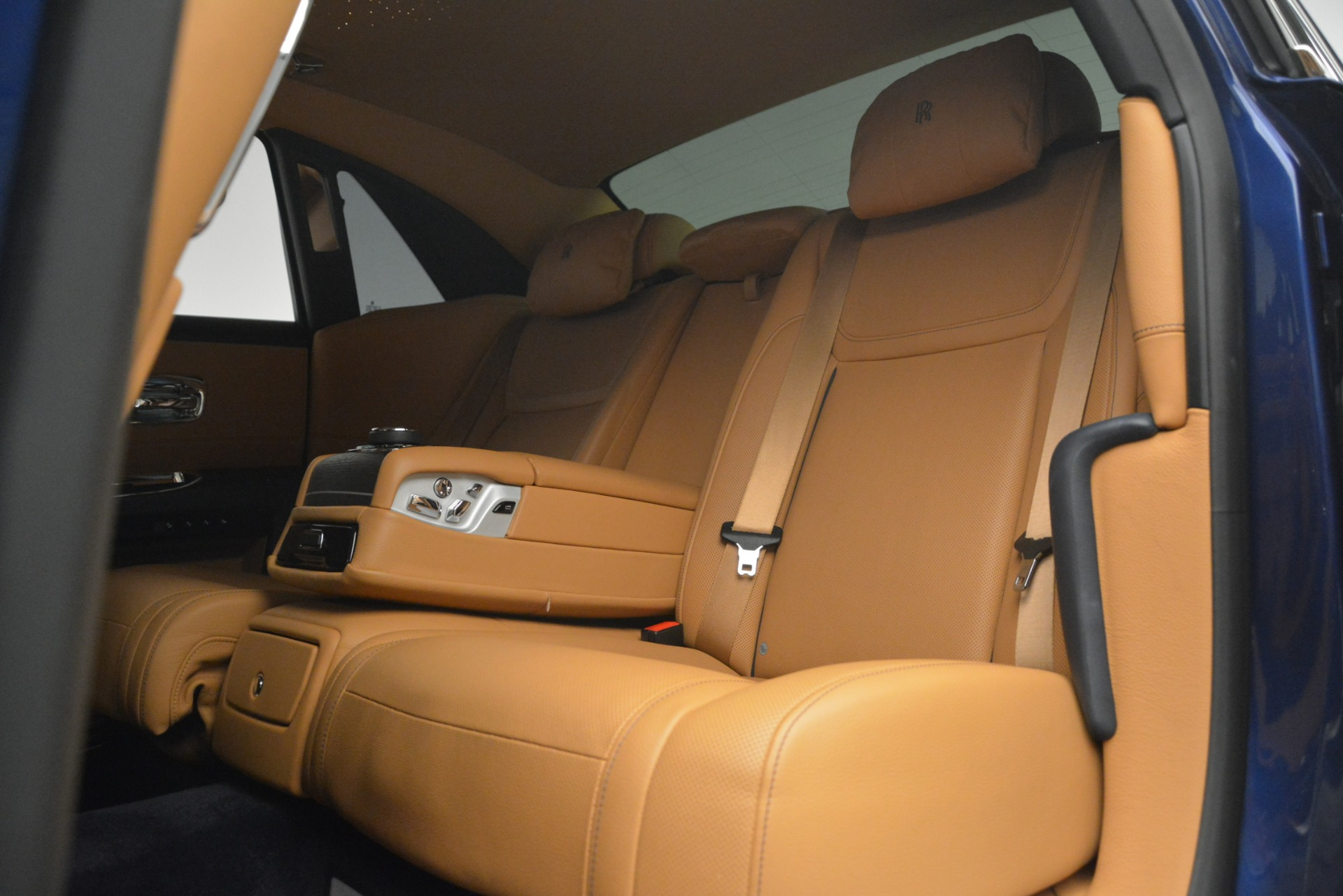 Used 2016 Rolls-Royce Ghost  For Sale In Greenwich, CT 3050_p21