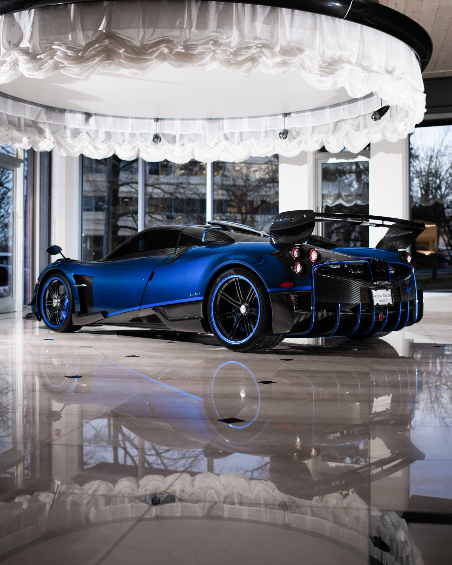 Used 2017 Pagani Huayra BC Macchina Volante For Sale In Greenwich, CT 3051_p3