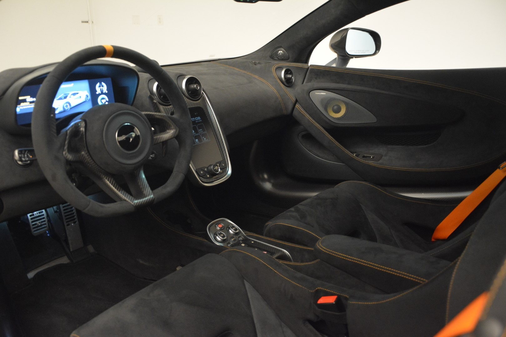 New 2019 McLaren 600LT Coupe For Sale In Greenwich, CT 3055_p17