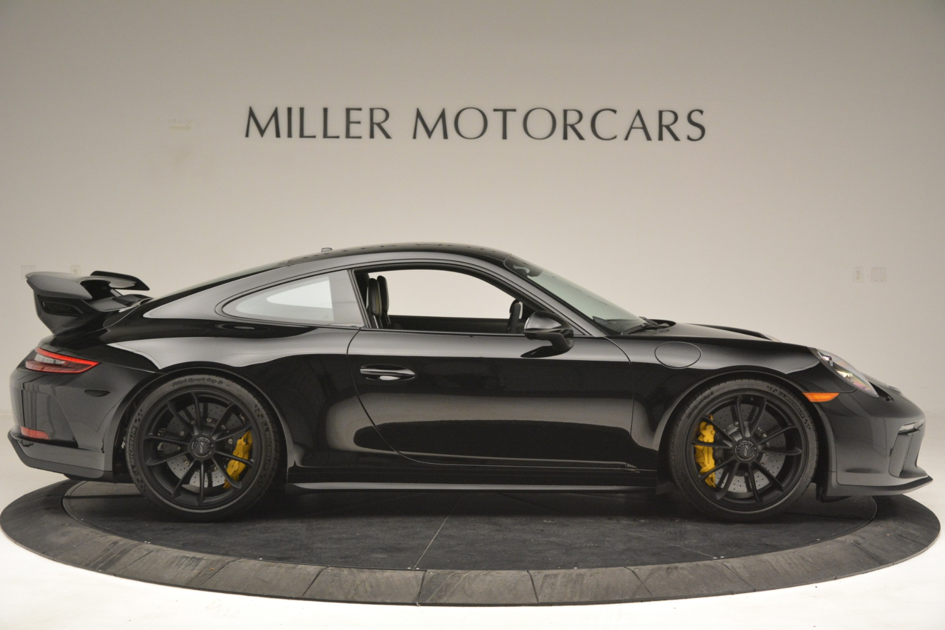 Used 2018 Porsche 911 GT3 For Sale In Greenwich, CT 3056_p9