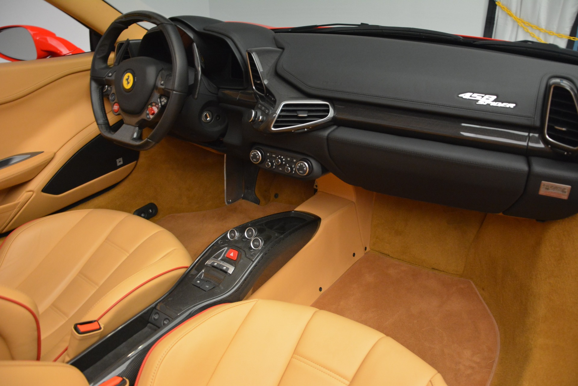 Used 2013 Ferrari 458 Spider  For Sale In Greenwich, CT 3057_p33