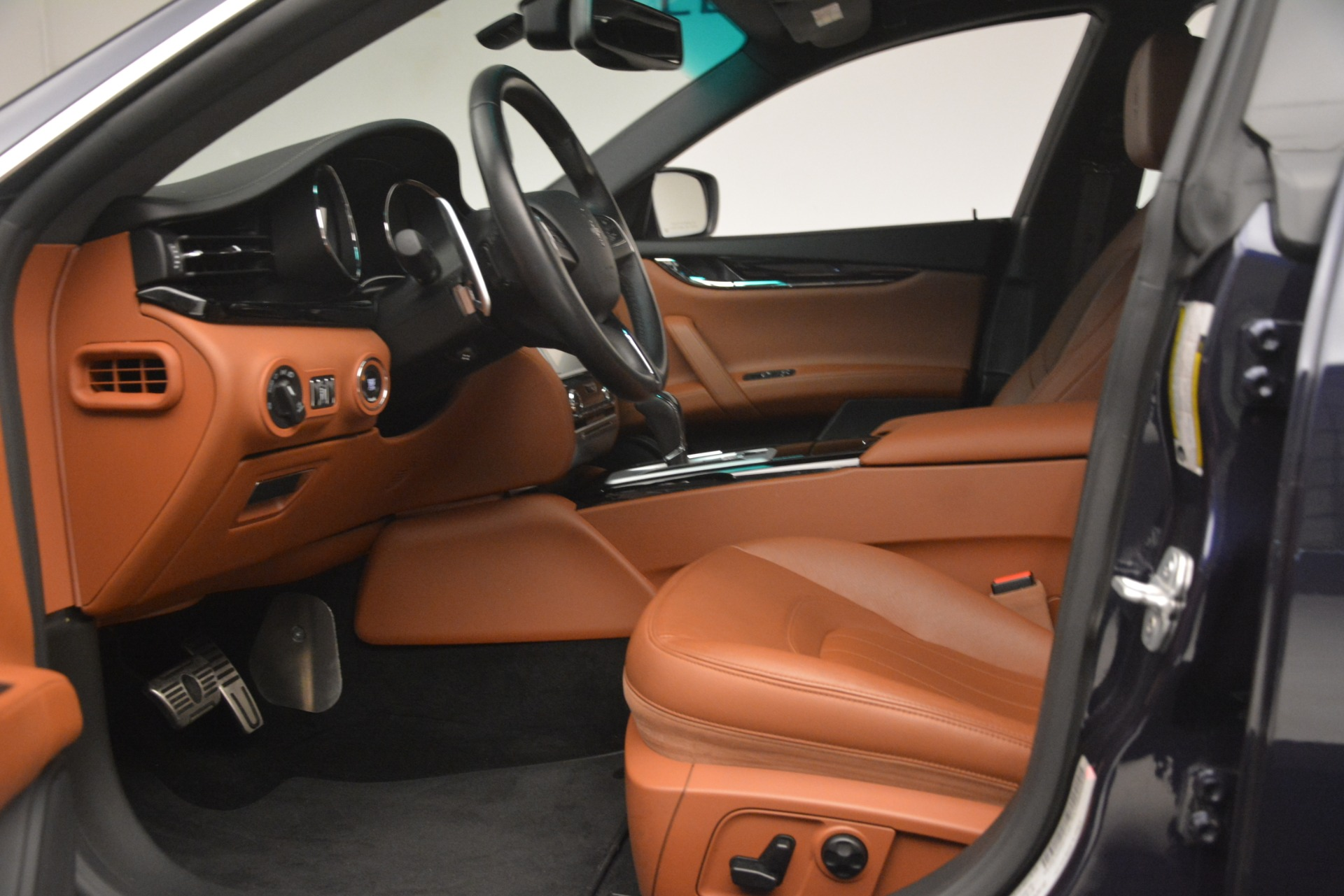 Used 2015 Maserati Quattroporte S Q4 For Sale In Greenwich, CT 3058_p14