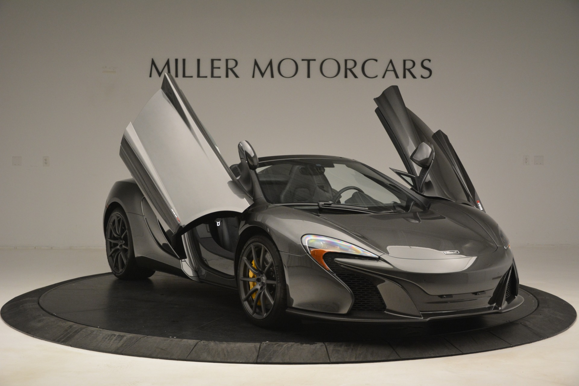 Used 2016 McLaren 650S Spider Convertible For Sale In Greenwich, CT 3062_p12