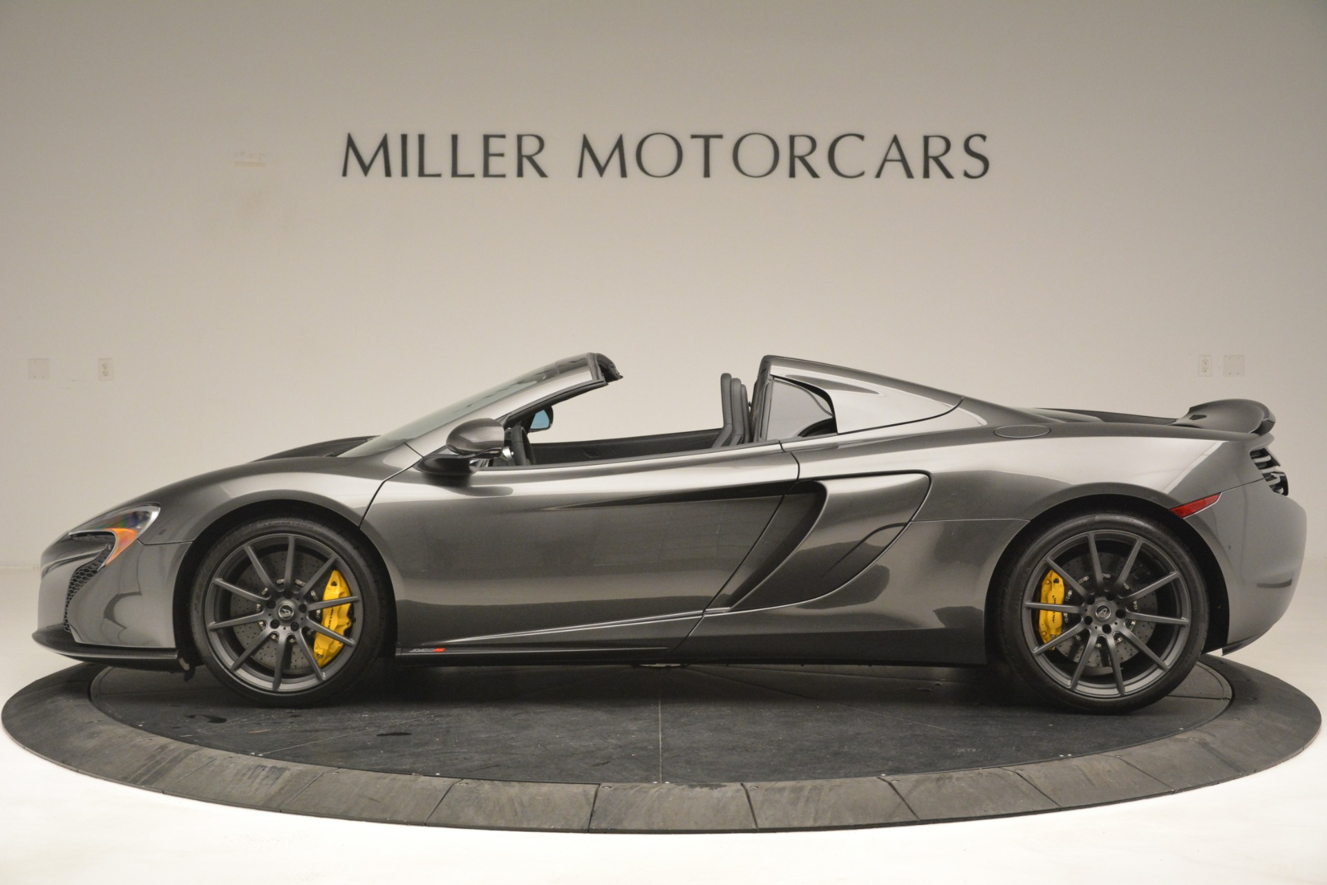 Used 2016 McLaren 650S Spider Convertible For Sale In Greenwich, CT 3062_p3