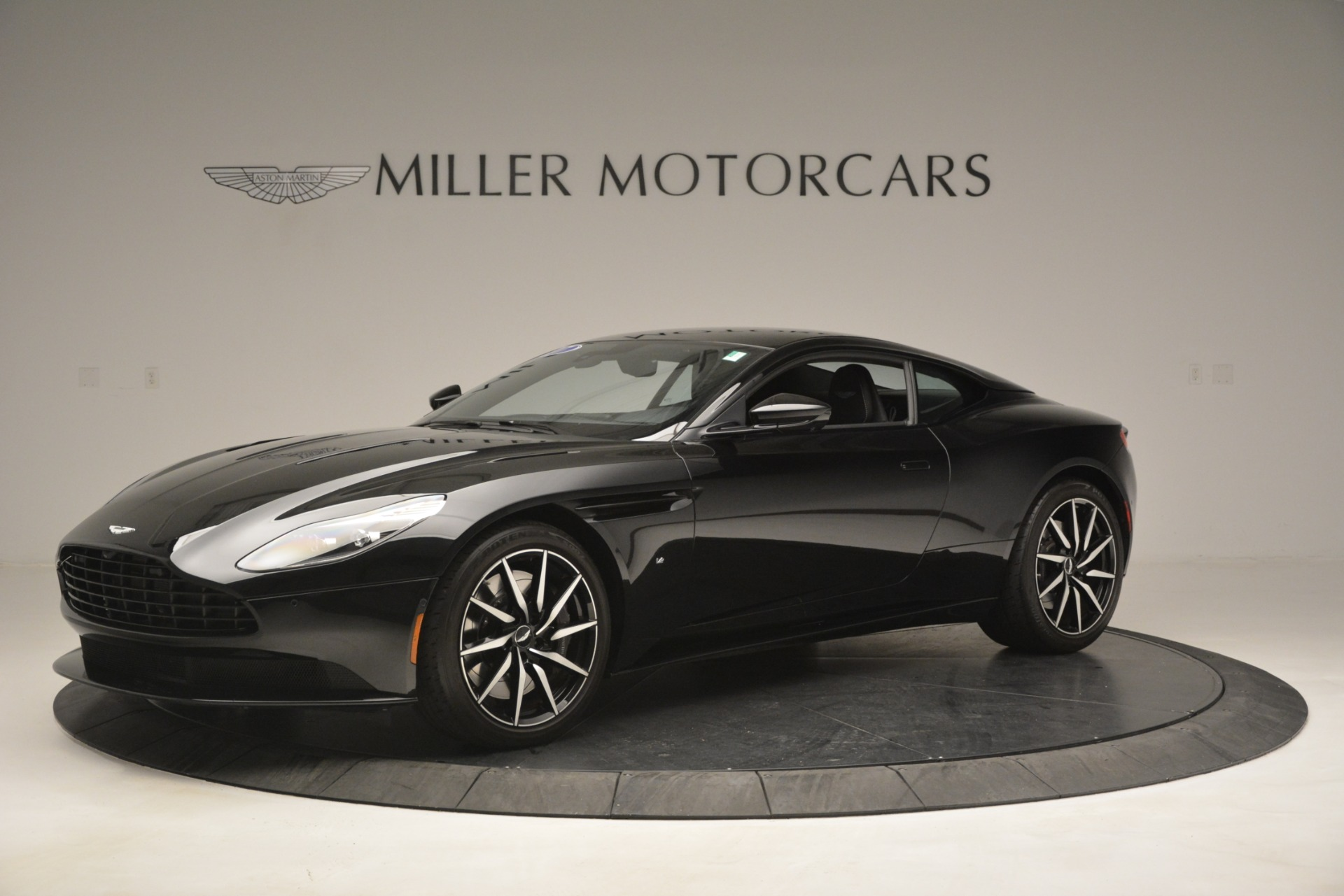 Used 2017 Aston Martin DB11 V12 Coupe For Sale In Greenwich, CT 3064_main