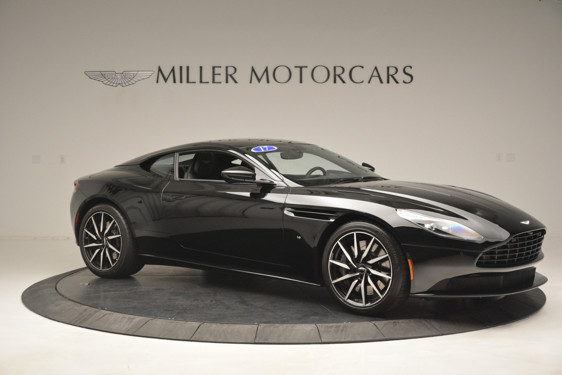 Used 2017 Aston Martin DB11 V12 Coupe For Sale In Greenwich, CT 3064_p10