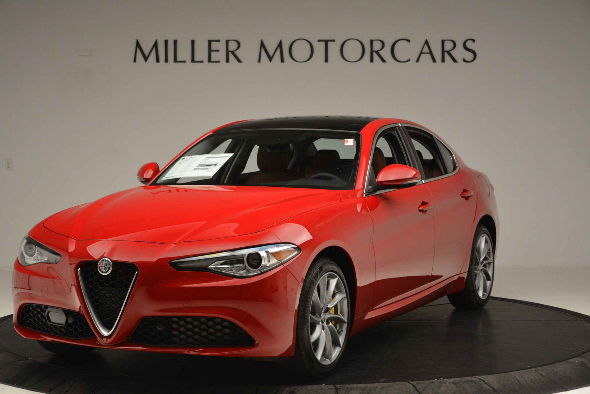 New 2019 Alfa Romeo Giulia Q4 For Sale In Greenwich, CT 3070_main