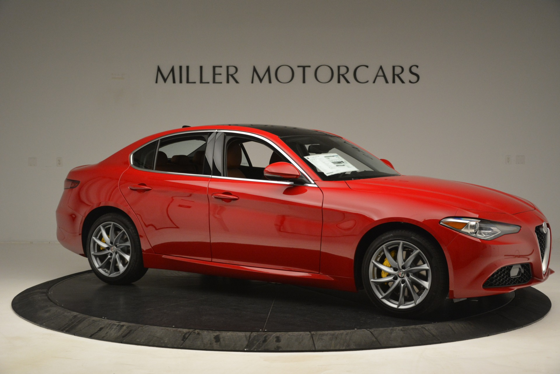 New 2019 Alfa Romeo Giulia Q4 For Sale In Greenwich, CT 3070_p10
