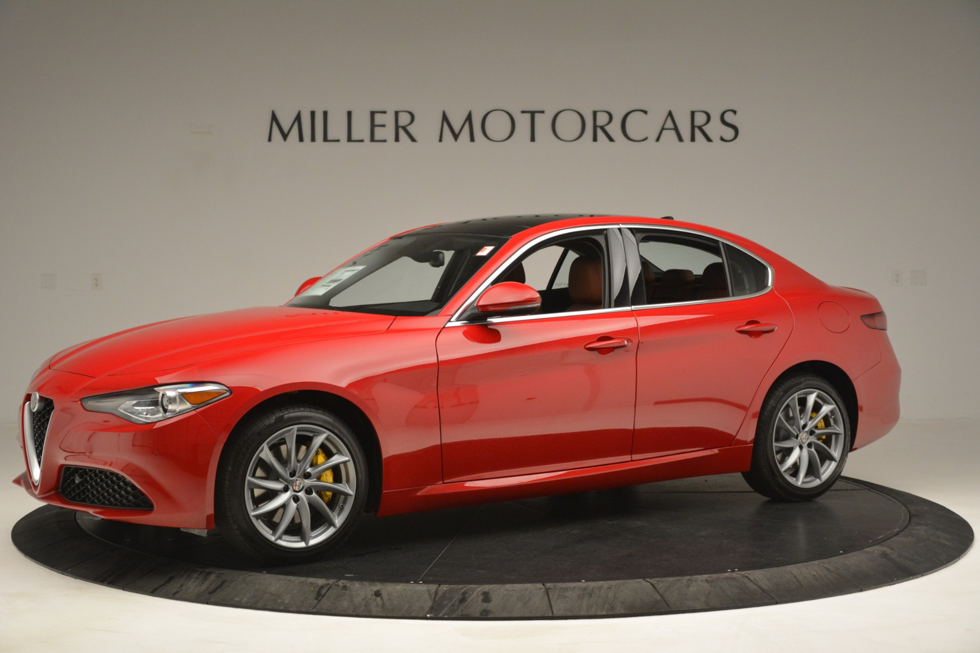 New 2019 Alfa Romeo Giulia Q4 For Sale In Greenwich, CT 3070_p2
