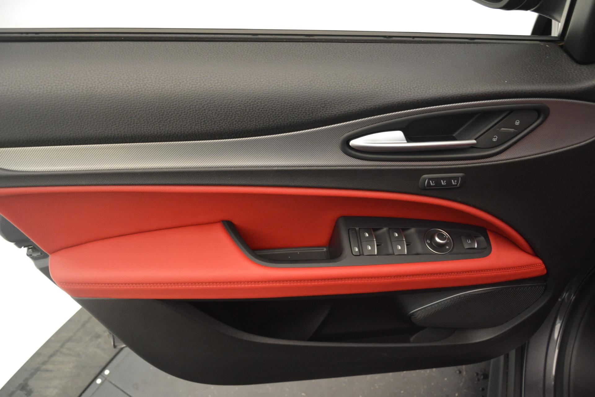 New 2019 Alfa Romeo Stelvio Sport Q4 For Sale In Greenwich, CT 3075_p17