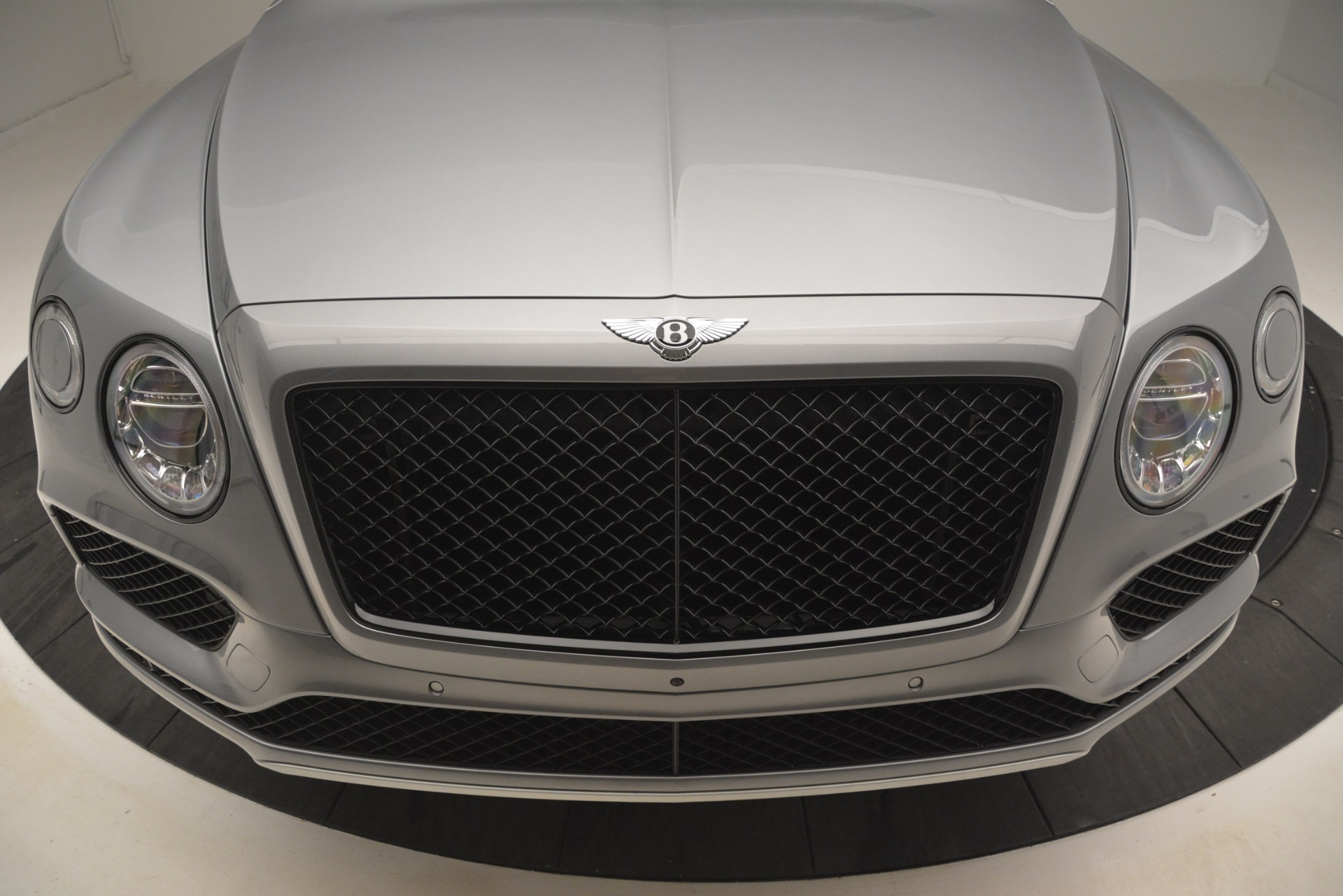 Used 2019 Bentley Bentayga V8 For Sale In Greenwich, CT 3084_p13