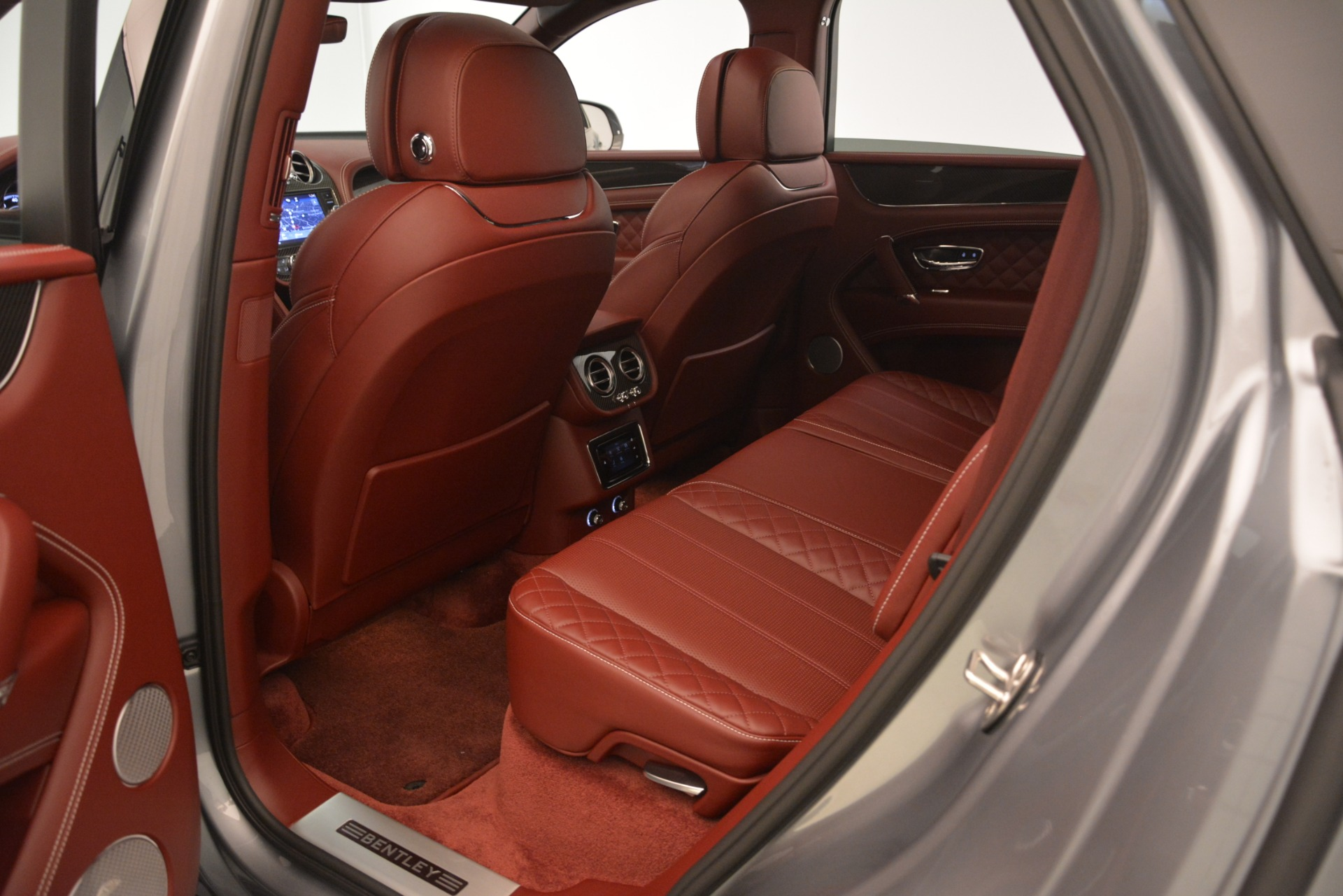 New 2019 Bentley Bentayga V8 For Sale In Greenwich, CT 3084_p28