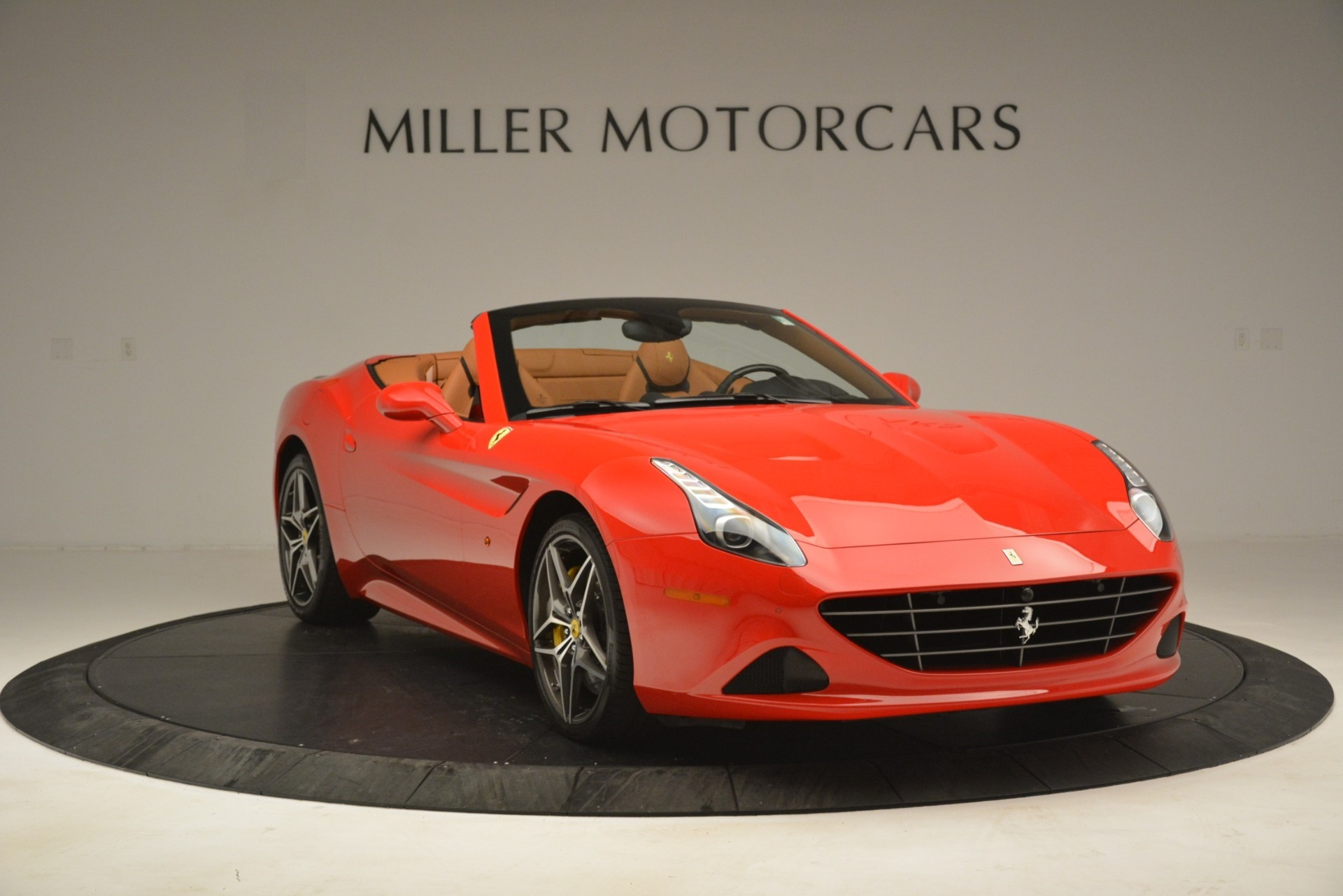 Used 2017 Ferrari California T Handling Speciale For Sale In Greenwich, CT 3086_p11