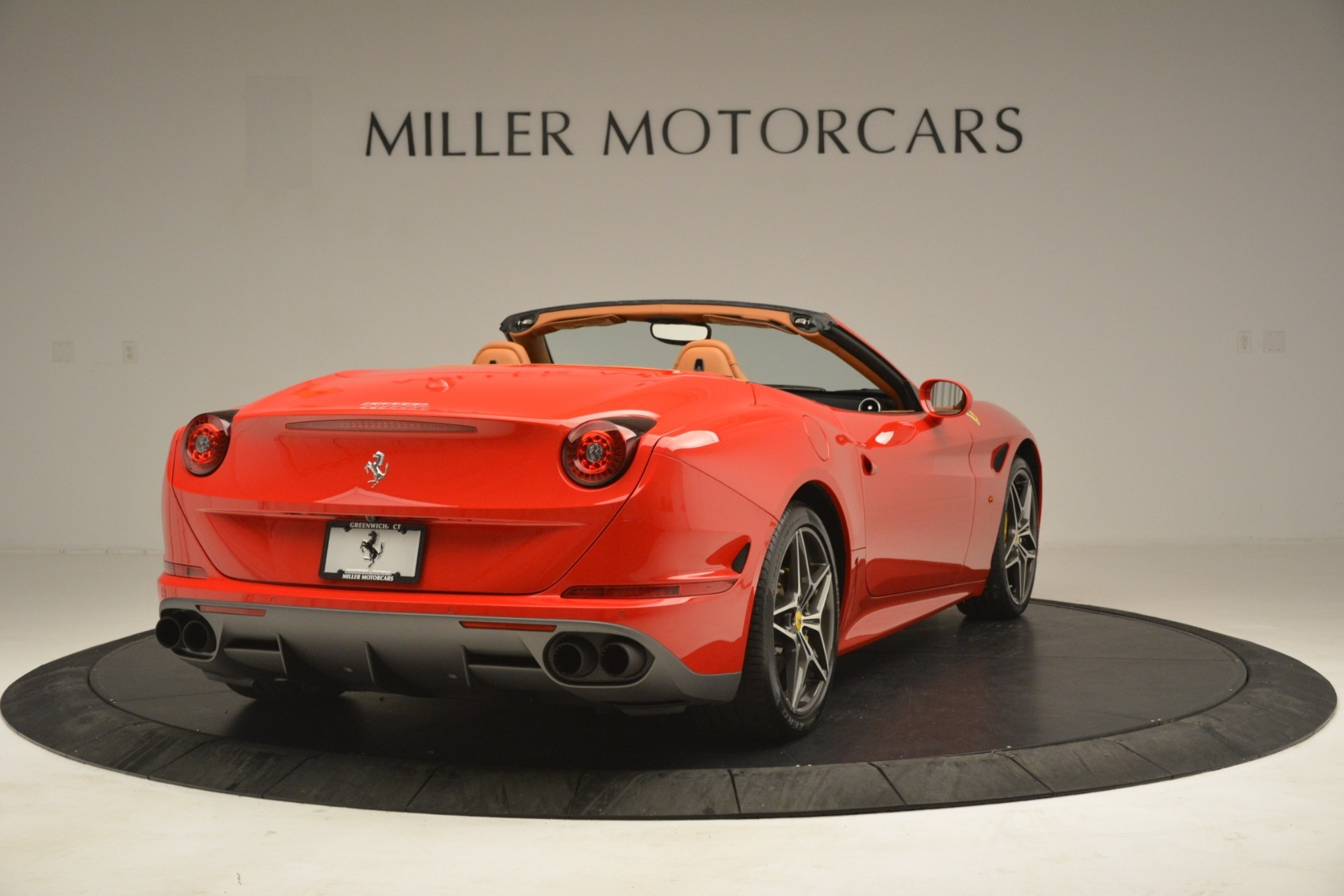 Used 2017 Ferrari California T Handling Speciale For Sale In Greenwich, CT 3086_p7
