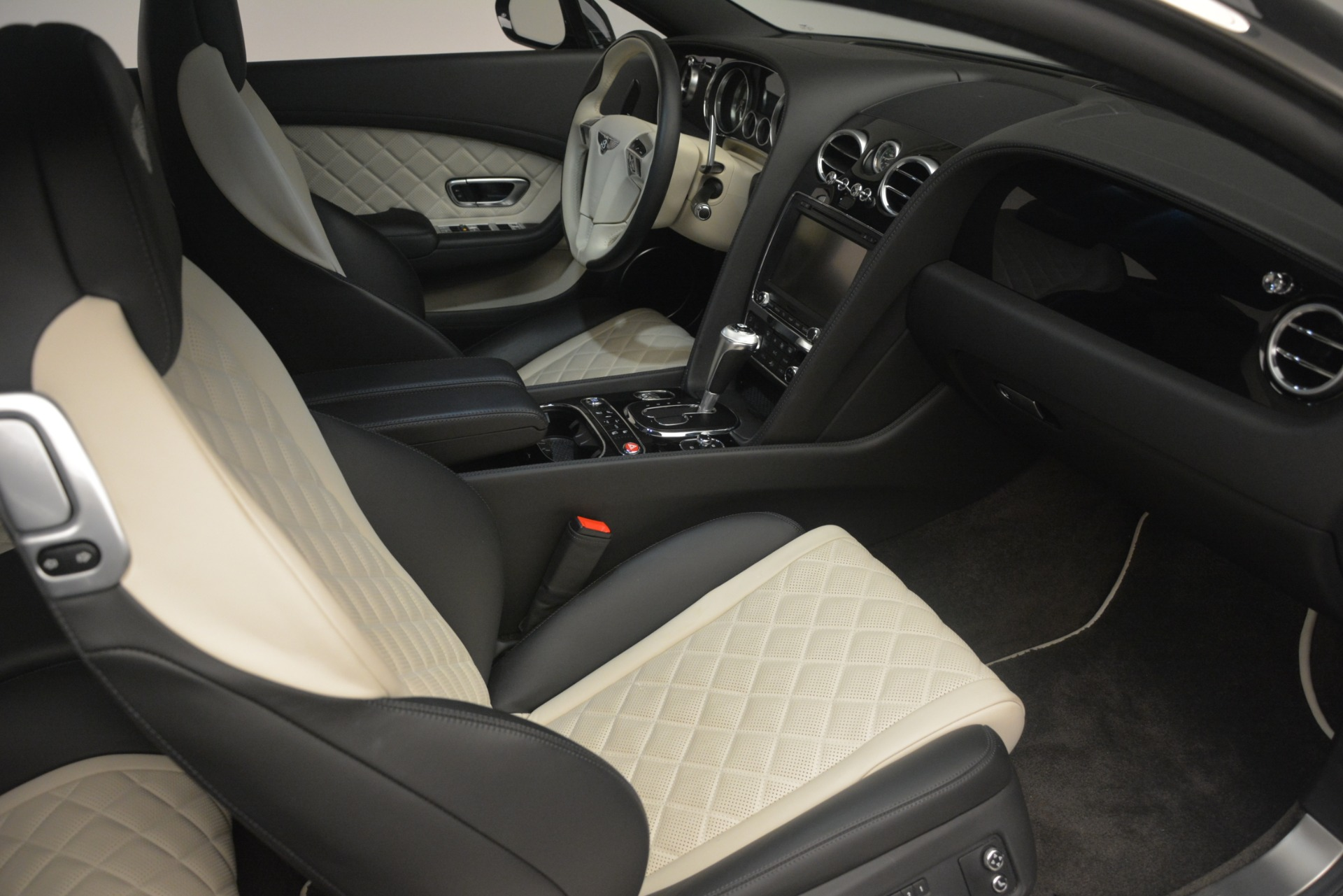 Used 2016 Bentley Continental GT V8 S For Sale In Greenwich, CT 3088_p27