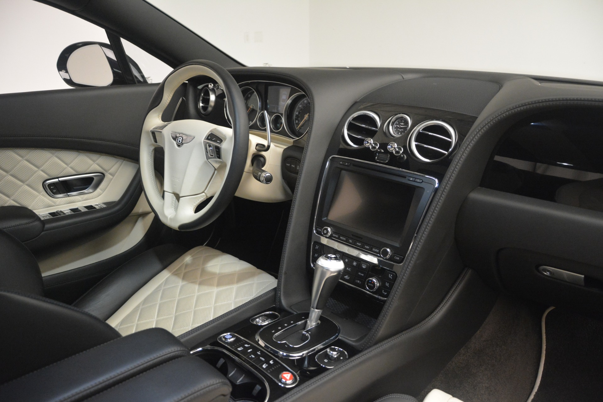 Used 2016 Bentley Continental GT V8 S For Sale In Greenwich, CT 3088_p28
