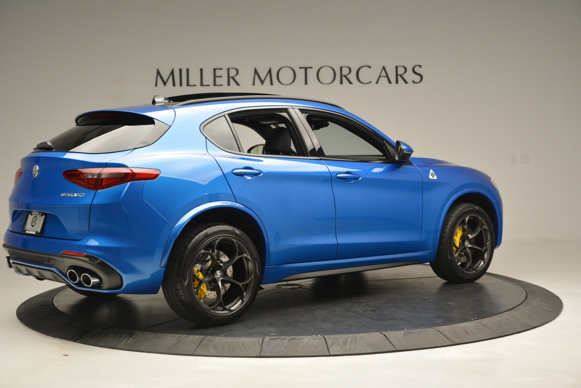 New 2019 Alfa Romeo Stelvio Quadrifoglio For Sale In Greenwich, CT 3094_p12