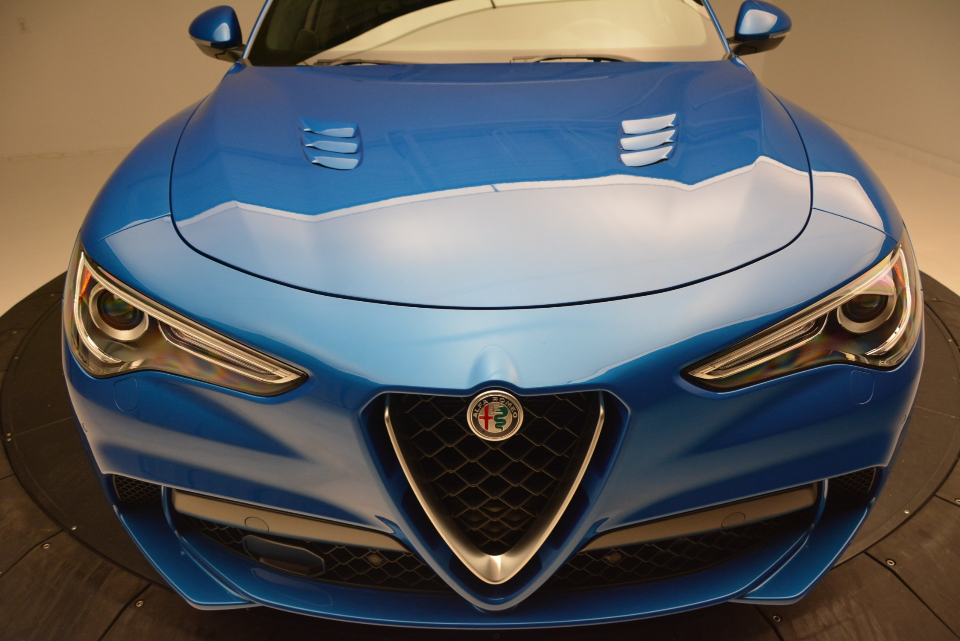 New 2019 Alfa Romeo Stelvio Quadrifoglio For Sale In Greenwich, CT 3094_p27