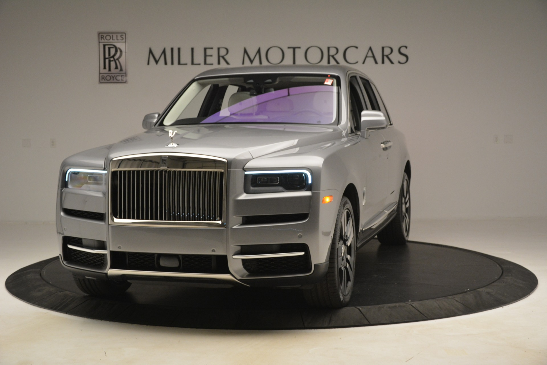 New 2019 Rolls-Royce Cullinan  For Sale In Greenwich, CT 3097_main
