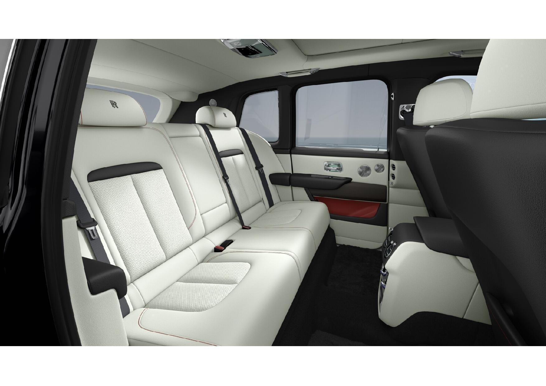 New 2019 Rolls-Royce Cullinan  For Sale In Greenwich, CT 3100_p7