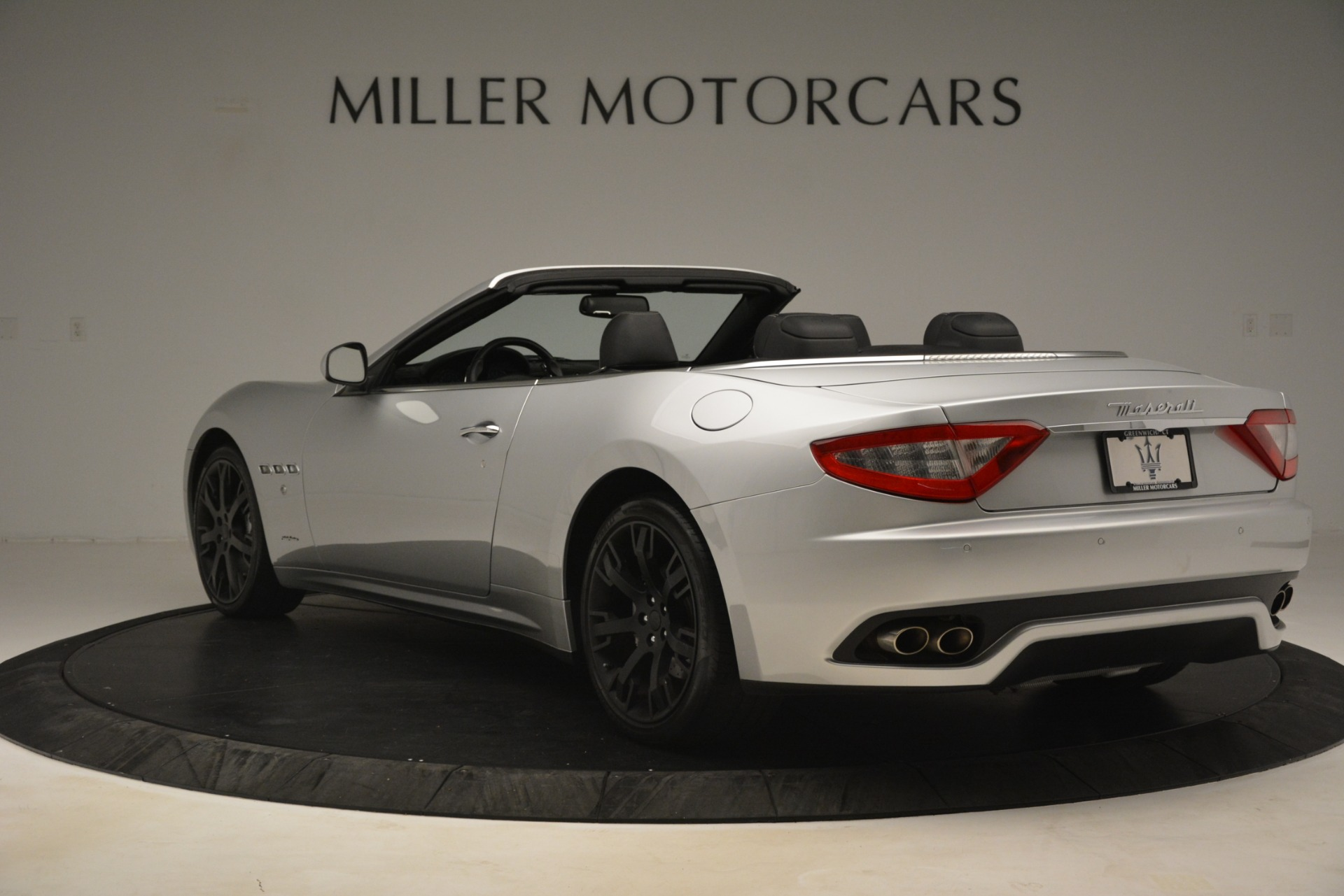 Used 2016 Maserati GranTurismo  For Sale In Greenwich, CT 3111_p5