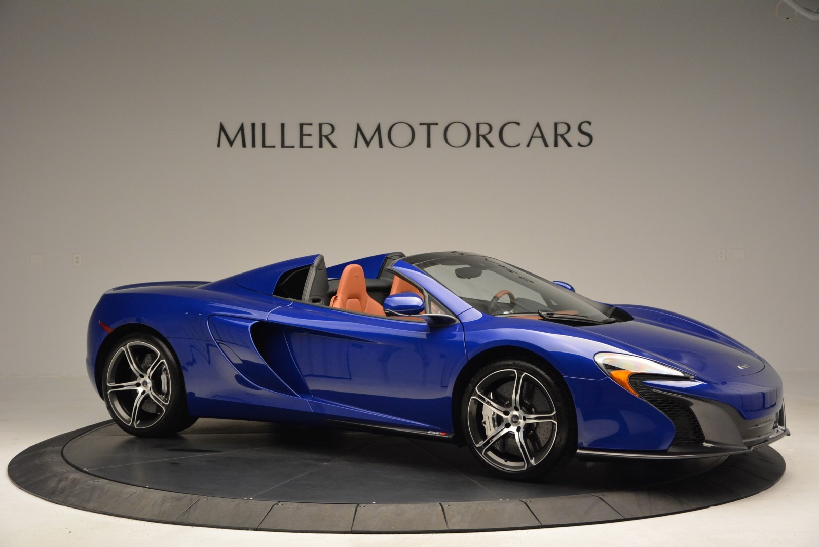 Used 2015 McLaren 650S Spider Convertible For Sale In Greenwich, CT 3112_p10