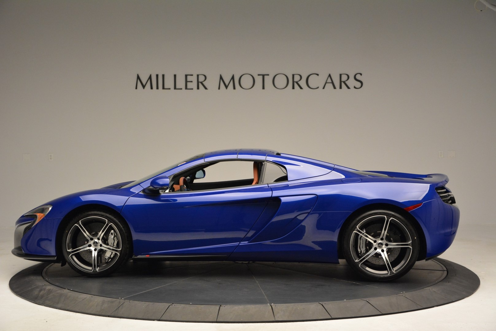 Used 2015 McLaren 650S Spider Convertible For Sale In Greenwich, CT 3112_p15