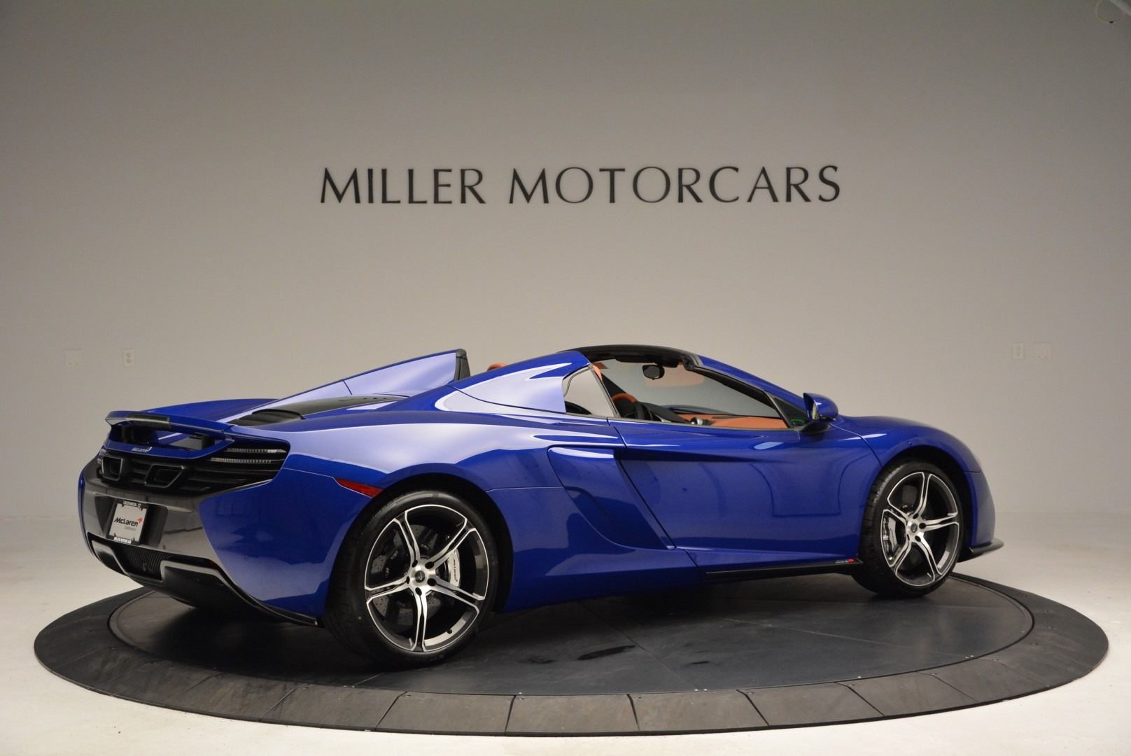 Used 2015 McLaren 650S Spider Convertible For Sale In Greenwich, CT 3112_p8