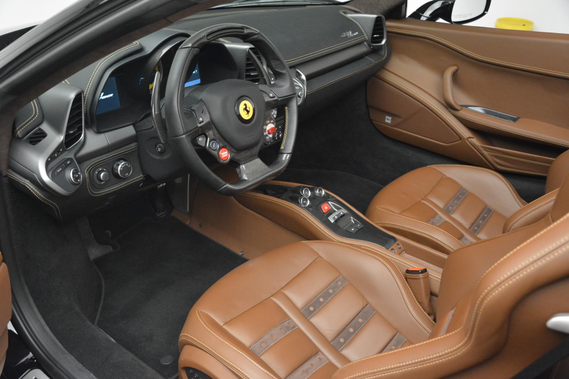 Used 2013 Ferrari 458 Spider  For Sale In Greenwich, CT 3114_p19