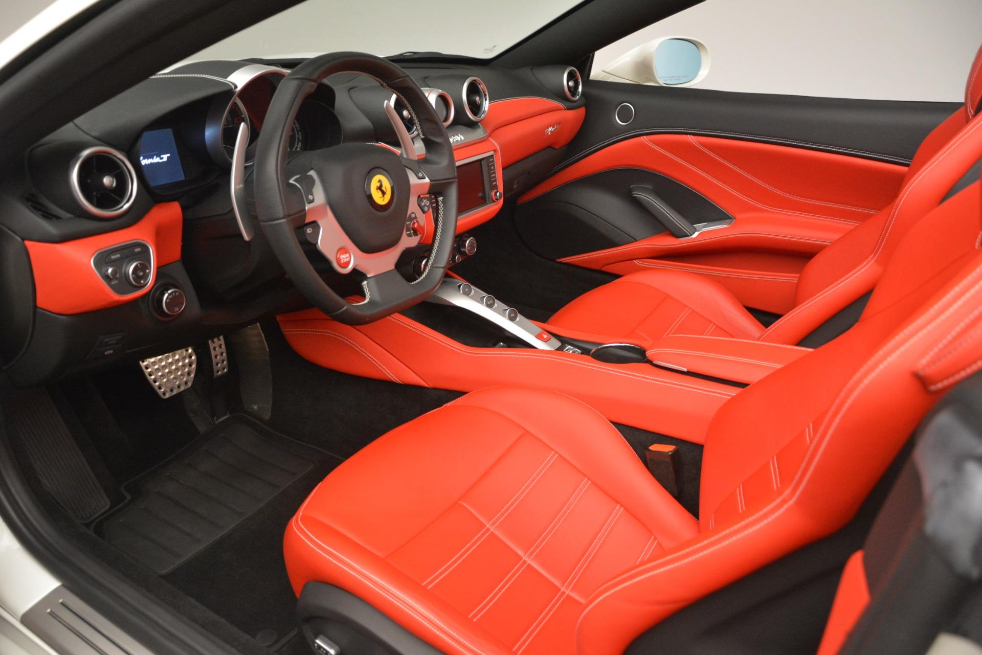 Used 2016 Ferrari California T  For Sale In Greenwich, CT 3115_p18