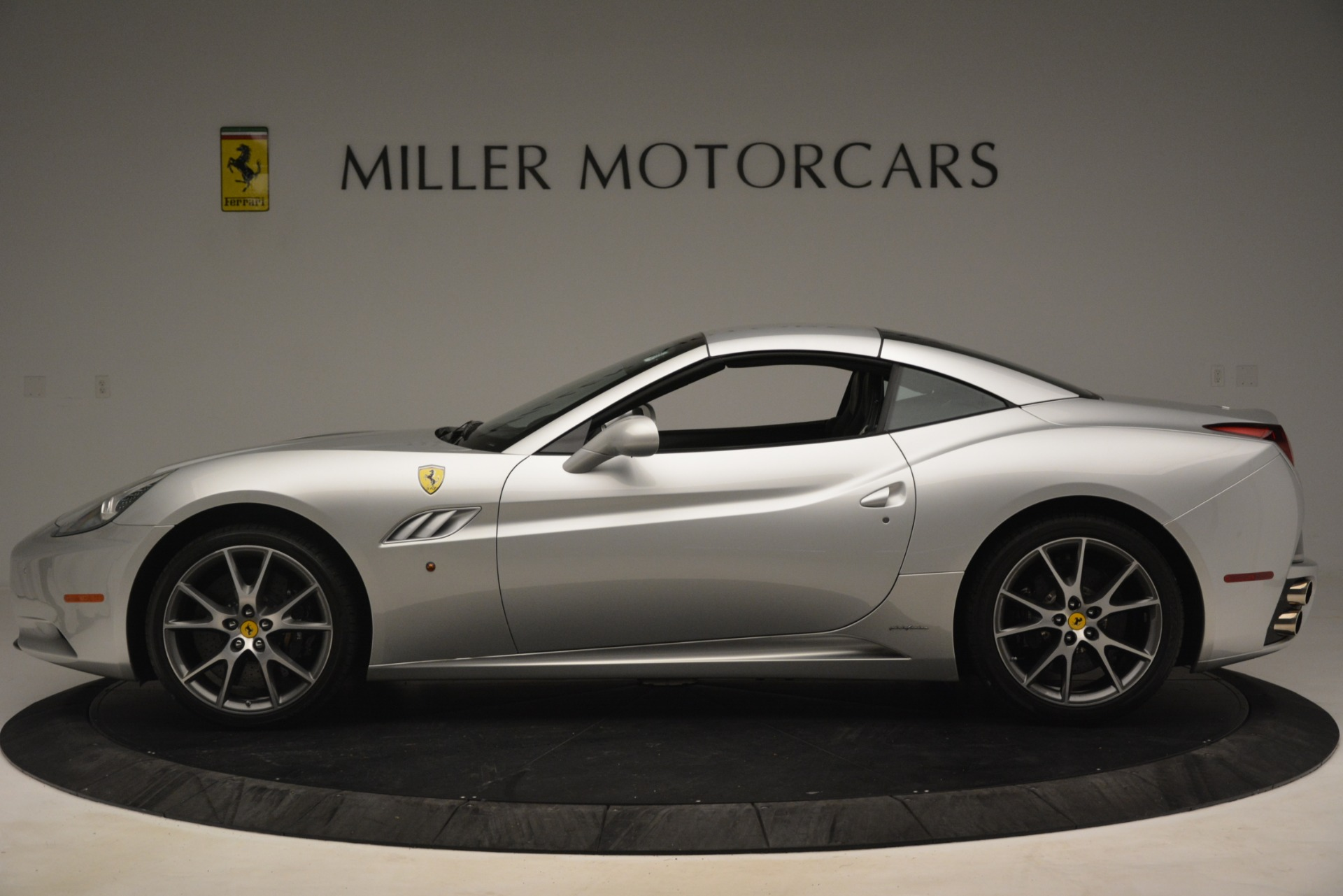 Used 2012 Ferrari California  For Sale In Greenwich, CT 3117_p14