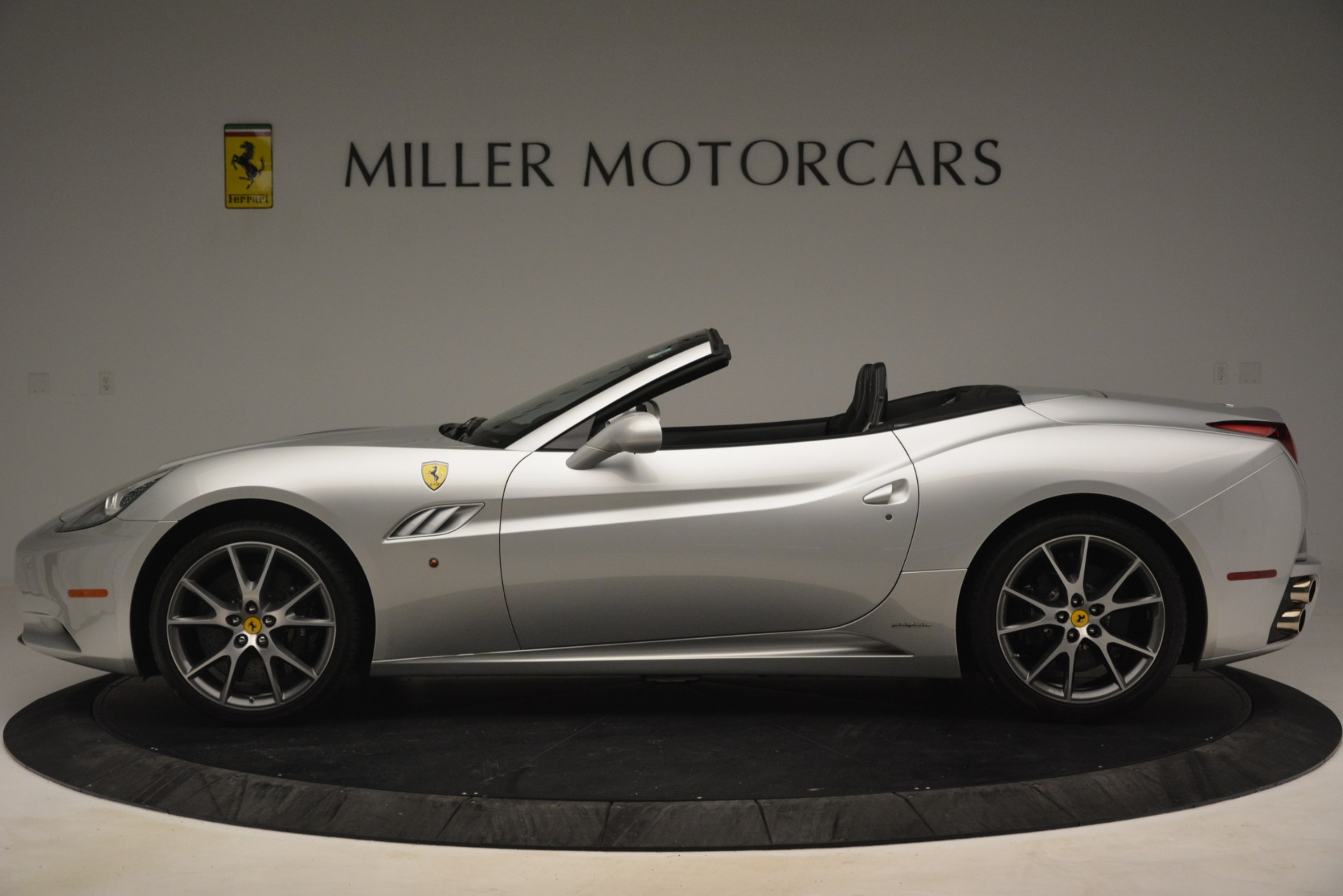 Used 2012 Ferrari California  For Sale In Greenwich, CT 3117_p3