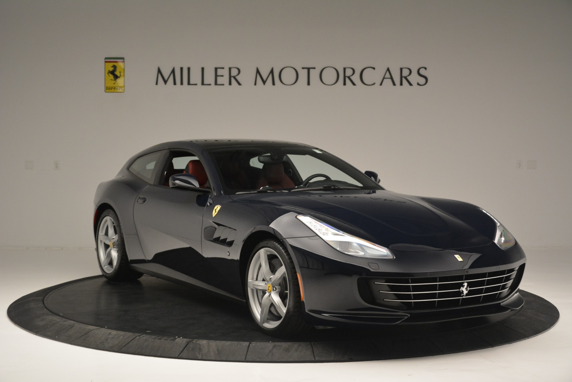 Used 2019 Ferrari GTC4Lusso  For Sale In Greenwich, CT 3118_p11