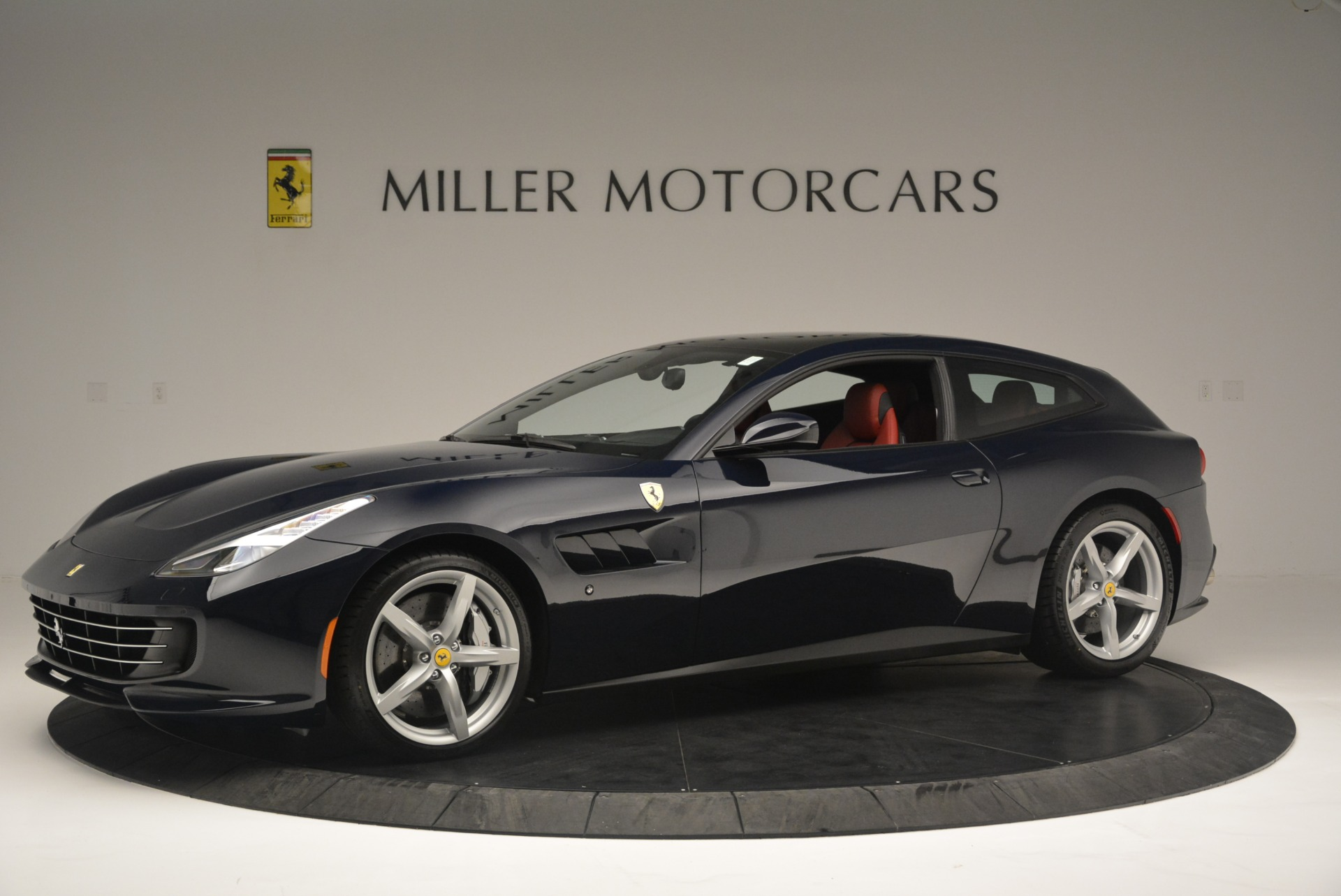 Used 2019 Ferrari GTC4Lusso  For Sale In Greenwich, CT 3118_p2