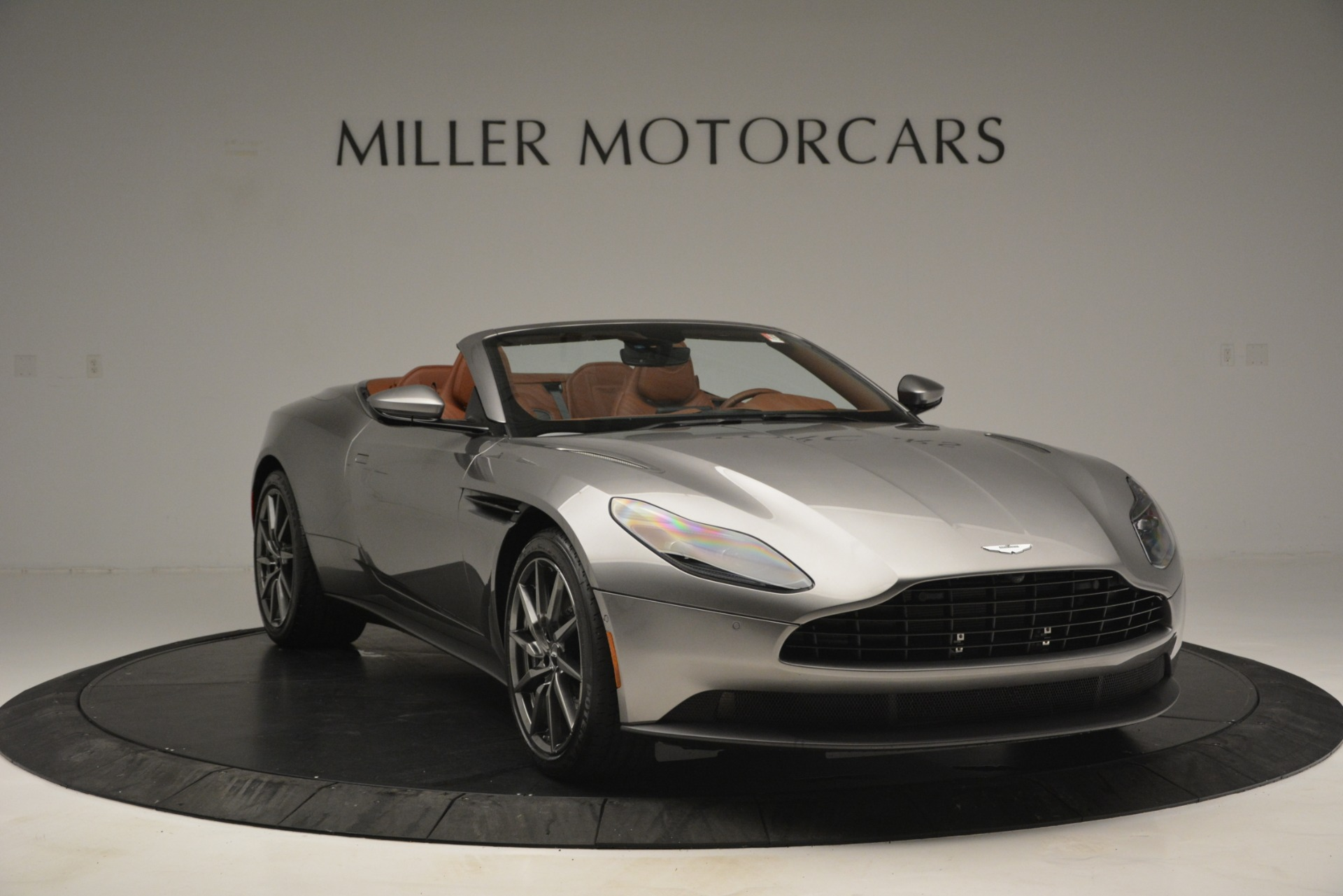 New 2019 Aston Martin DB11 V8 Convertible For Sale In Greenwich, CT 3121_p11