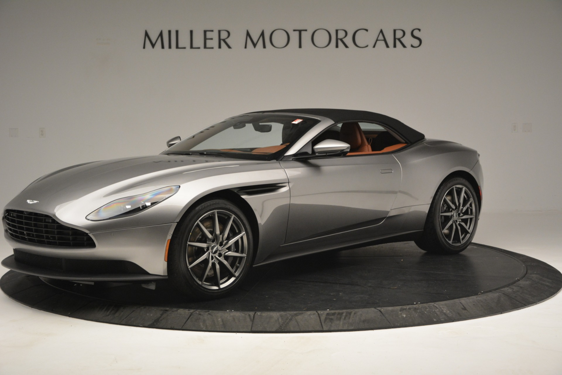 New 2019 Aston Martin DB11 V8 Convertible For Sale In Greenwich, CT 3121_p13