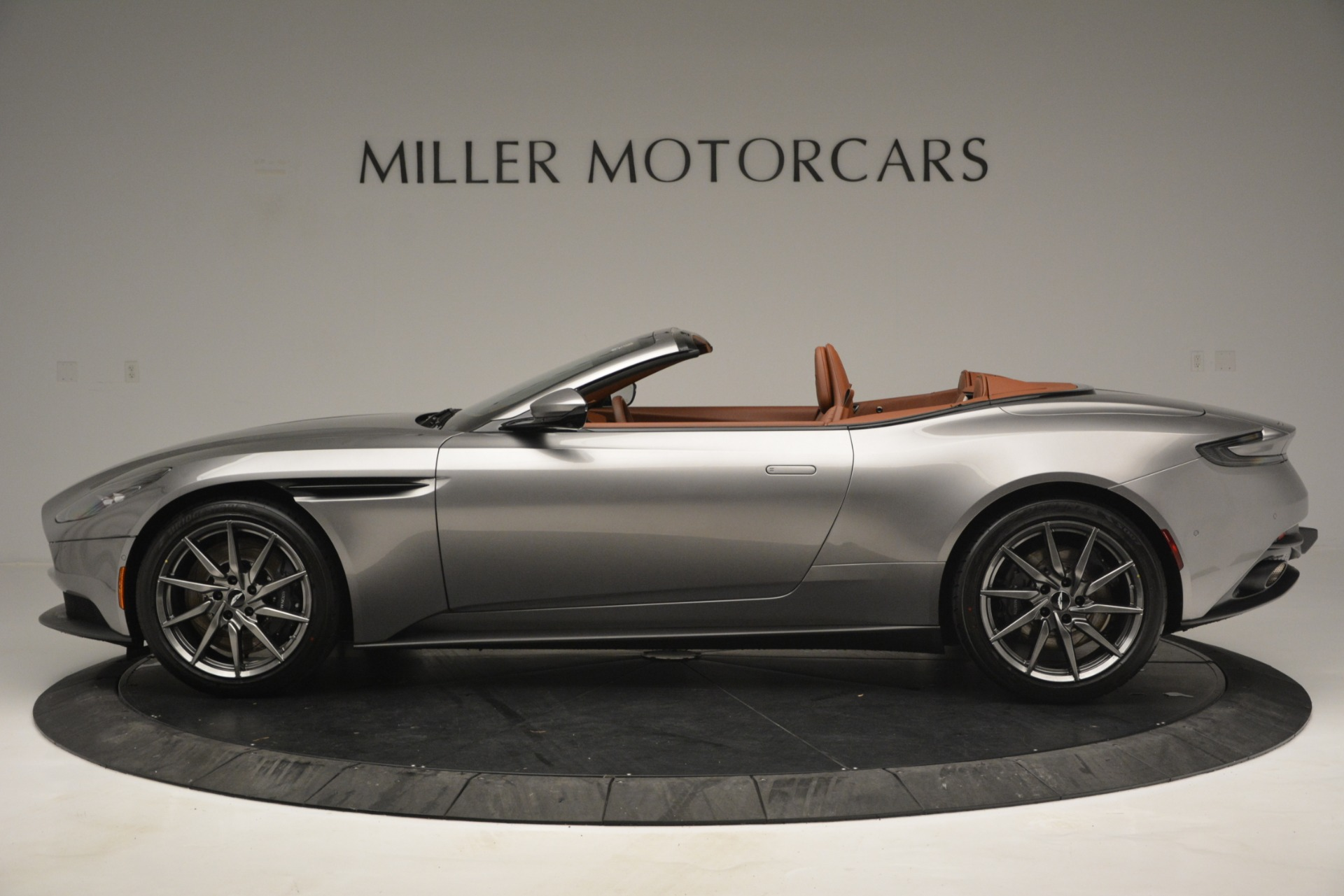 New 2019 Aston Martin DB11 V8 Convertible For Sale In Greenwich, CT 3121_p3