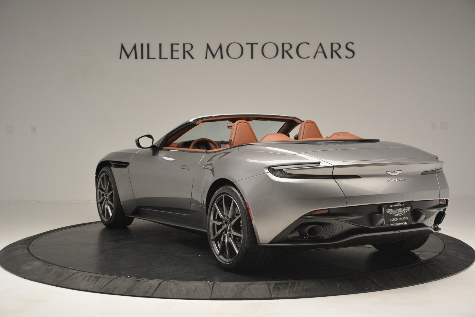 New 2019 Aston Martin DB11 V8 Convertible For Sale In Greenwich, CT 3121_p5