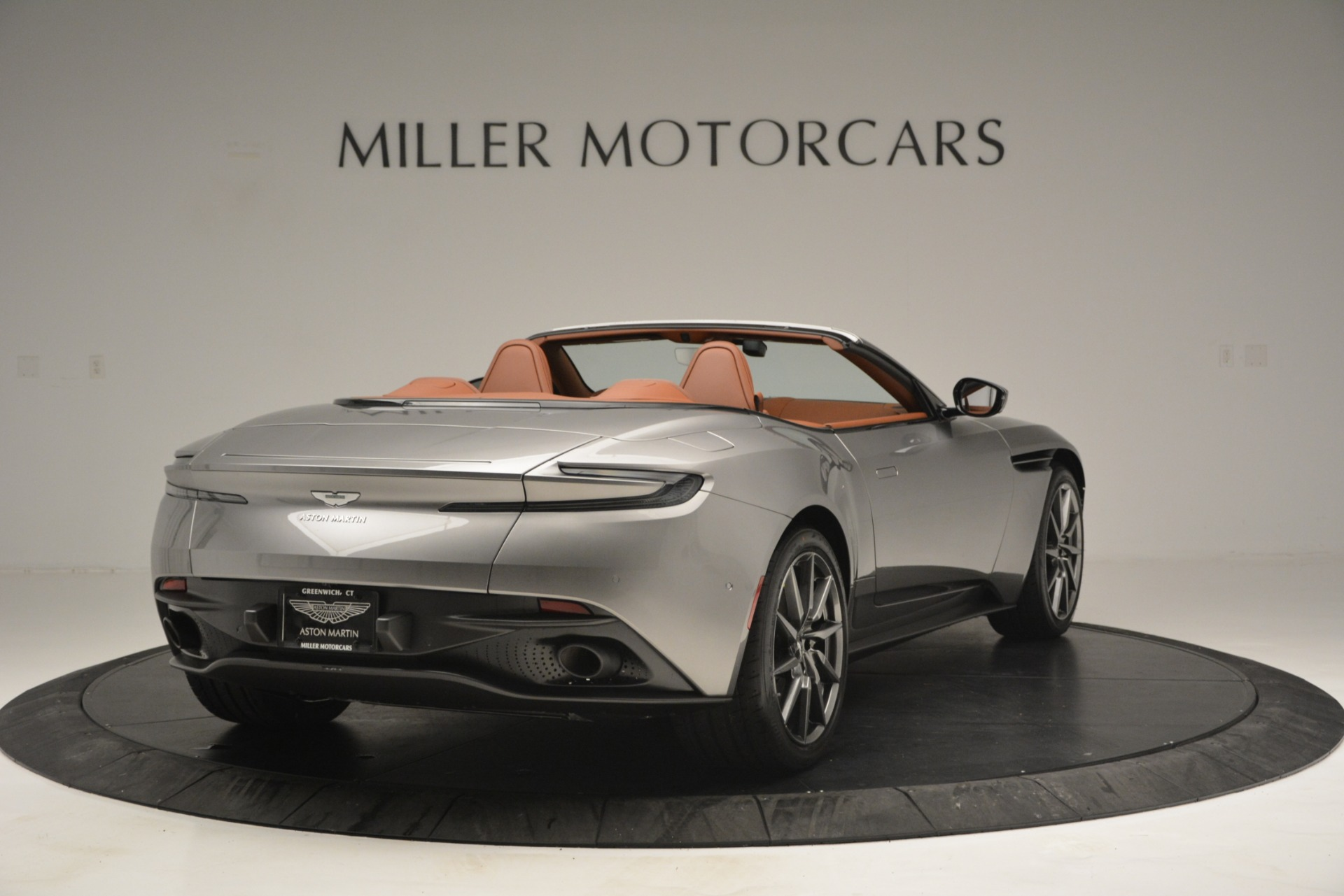 New 2019 Aston Martin DB11 V8 Convertible For Sale In Greenwich, CT 3121_p7