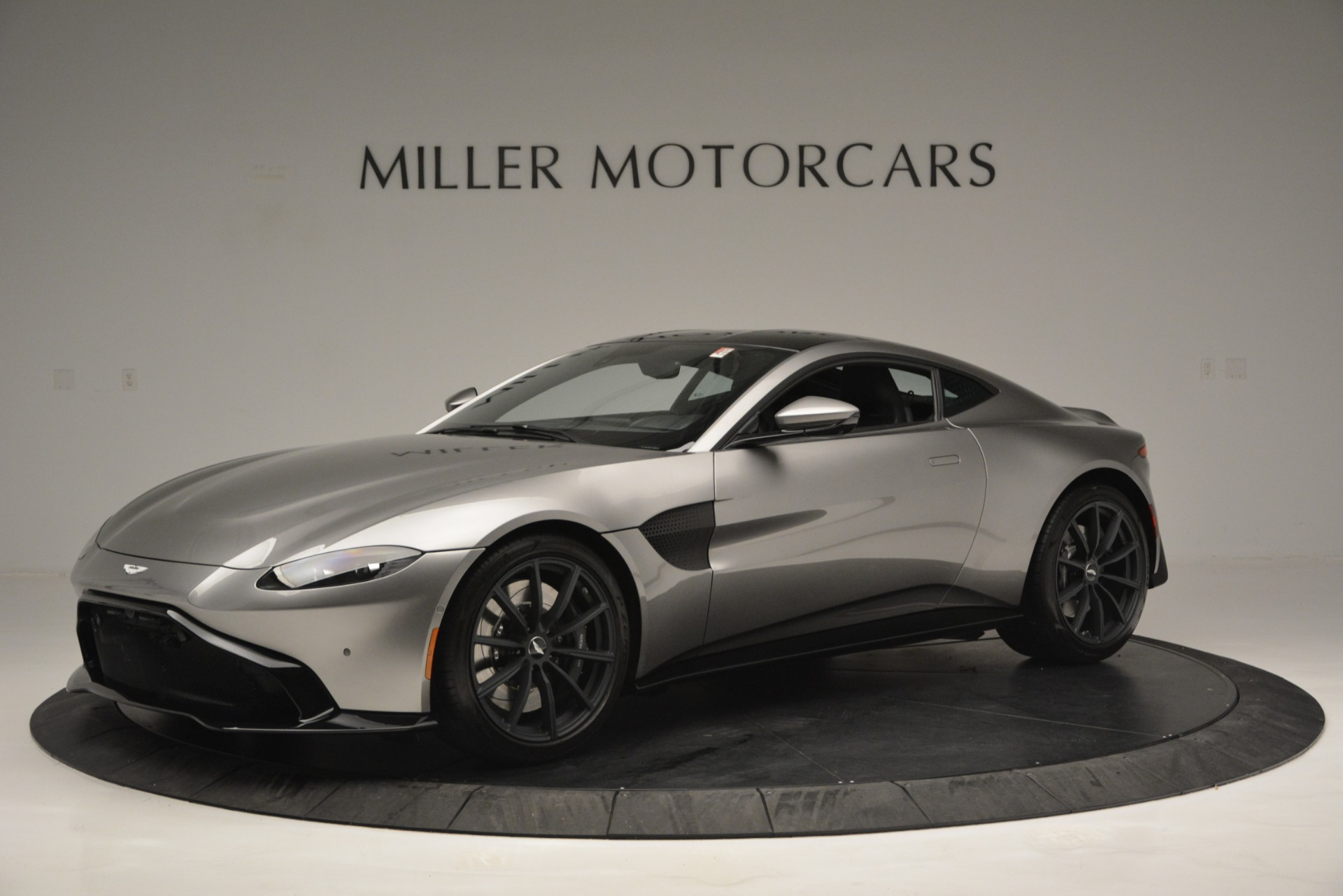 New 2019 Aston Martin Vantage Coupe For Sale In Greenwich, CT 3122_main