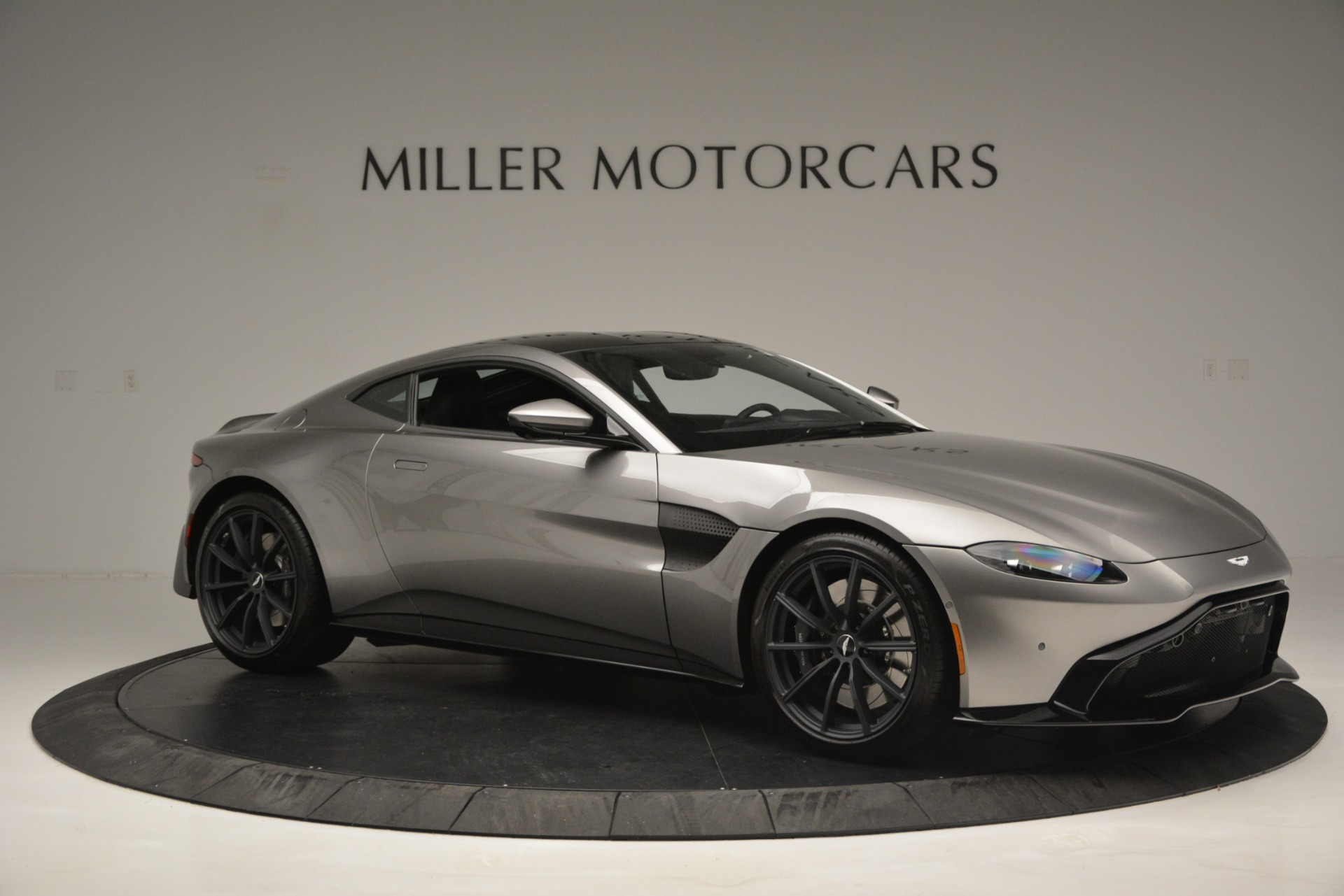 New 2019 Aston Martin Vantage Coupe For Sale In Greenwich, CT 3122_p10