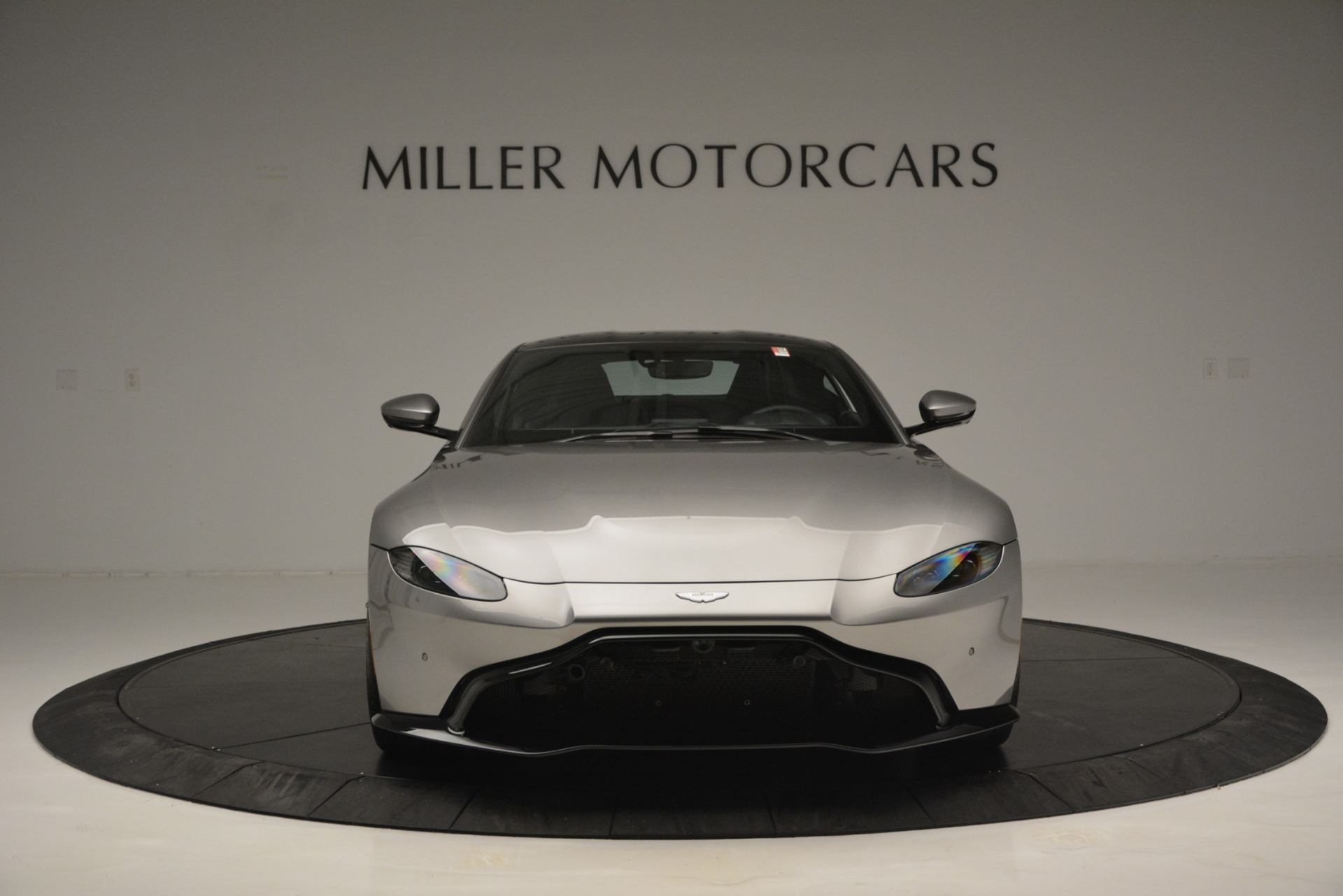 New 2019 Aston Martin Vantage Coupe For Sale In Greenwich, CT 3122_p12